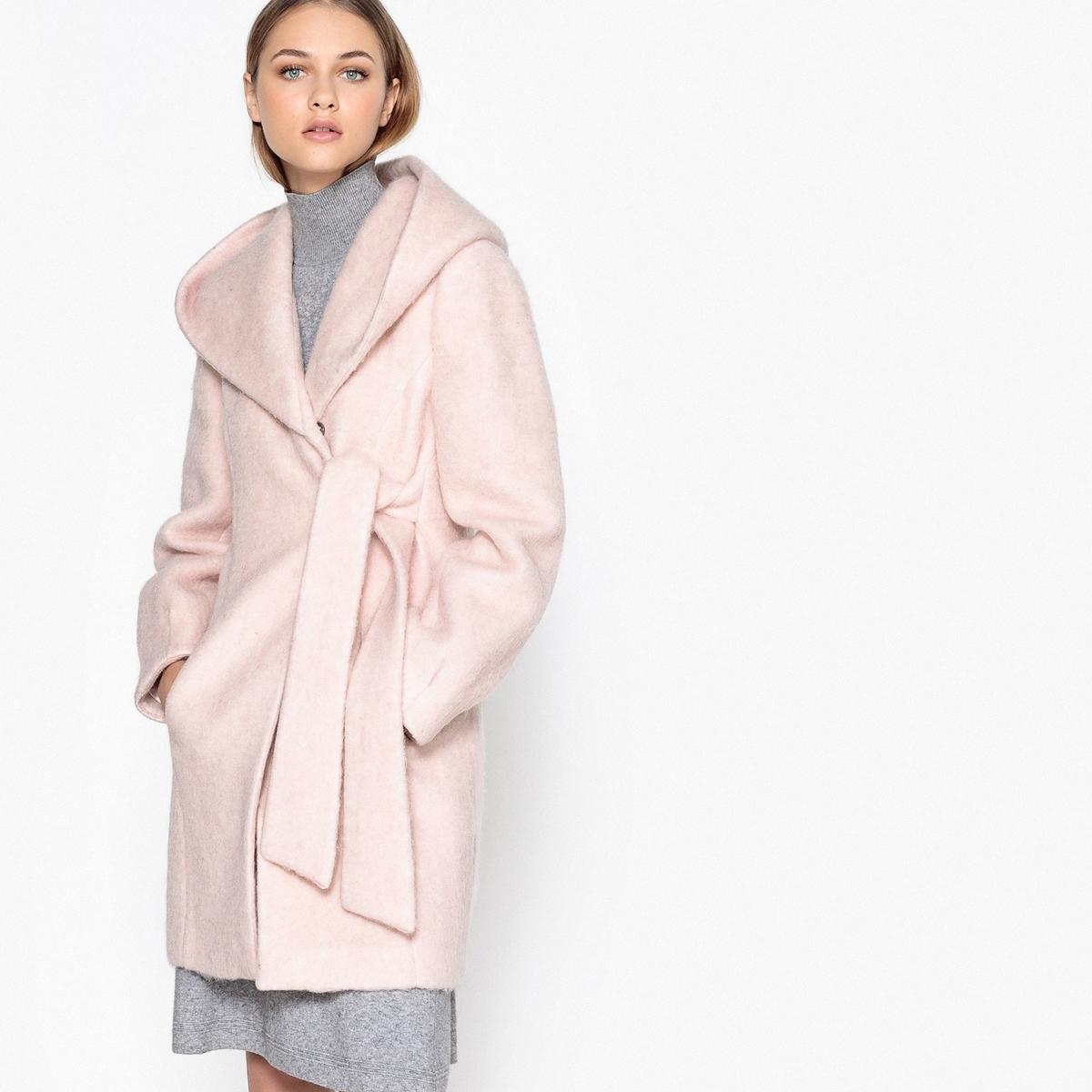 Пальто женское в форме халатаОписание:Большое обволакивающее пальто в форме халата. Комфортное и модное пальто стильной обволакивающей формы!Детали •  Длина : средняя •  Капюшон •  Без застежки •  С капюшономСостав и уход •  63% шерсти, 37% полиэстера •  Подкладка : 100% полиэстер • Не стирать •  Деликатная чистка/без отбеливателей •  Не использовать барабанную сушку   •  Низкая температура глажки •  Длина : 85 см<br><br>Цвет: розовый