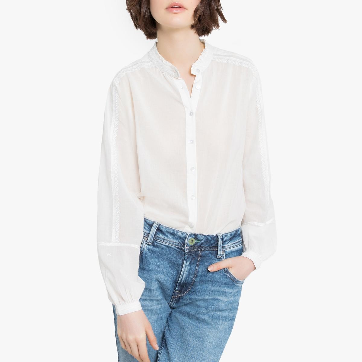 Blusa de cuello alto