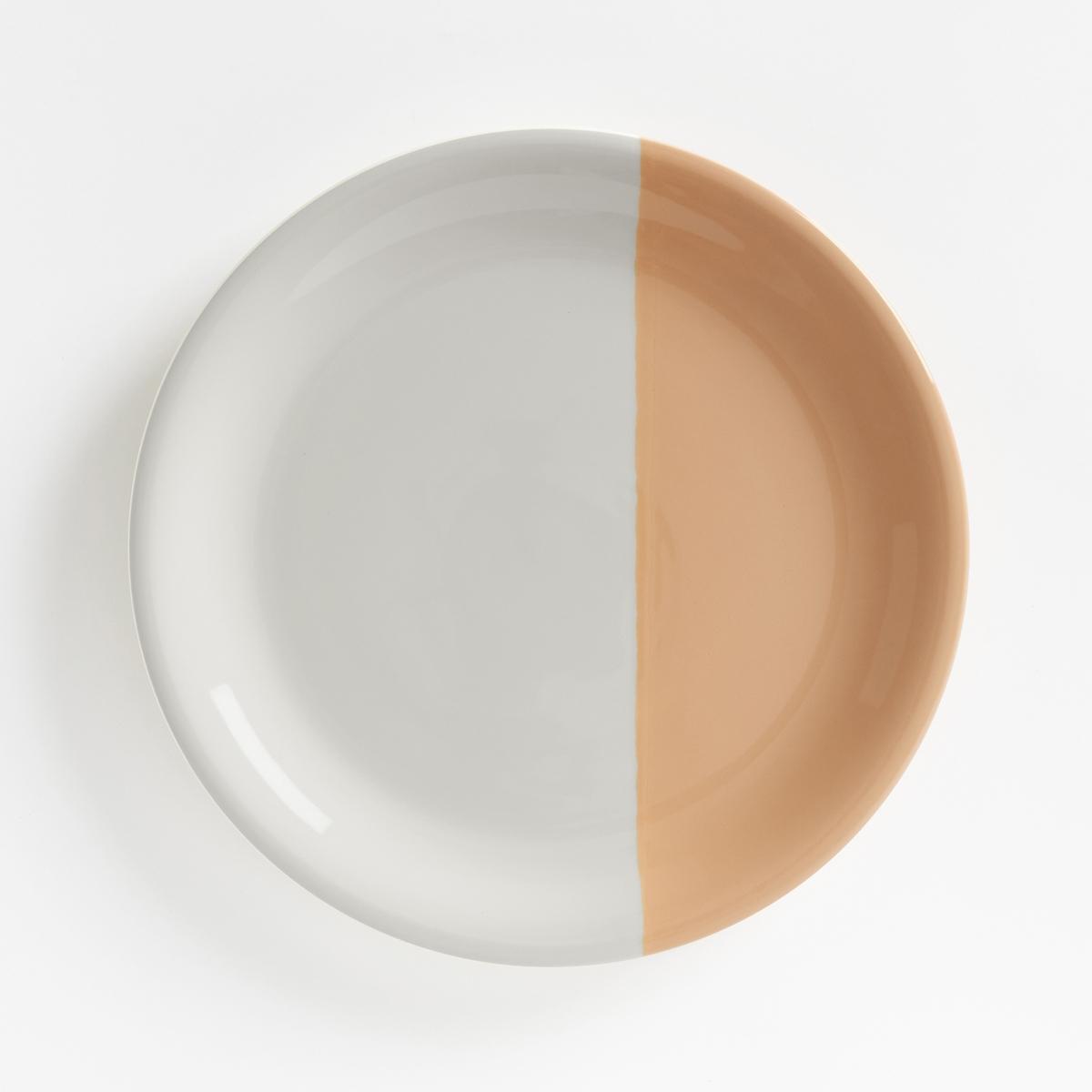 Комплект из 4 мелких тарелок из фаянса ZALATOОписание:Оригинальные двухцветные мелкие тарелки из фаянса. Каждая тарелка разделена пополам с помощью цвета.Характеристики мелких тарелок ZALATO :Комплект из 4 двухцветных тарелок из фаянса.Размеры мелких тарелок ZALATO :Диаметр : 27,2 смУход :Подходят для мытья в посудомоечной машине и использования в микроволновой печи<br><br>Цвет: белый/ зеленый,белый/ розовая пудра,белый/ синий