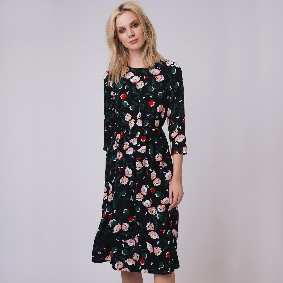 Платье с рукавами 3/4, цветочным рисунком и длиной до колен