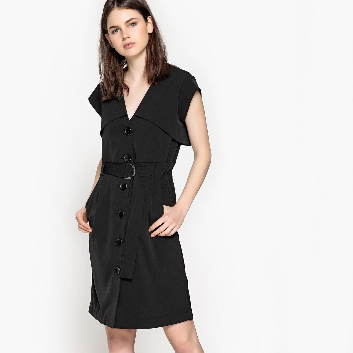 Платье в форме тренчкота с застежкой на пуговицы спереди и поясом