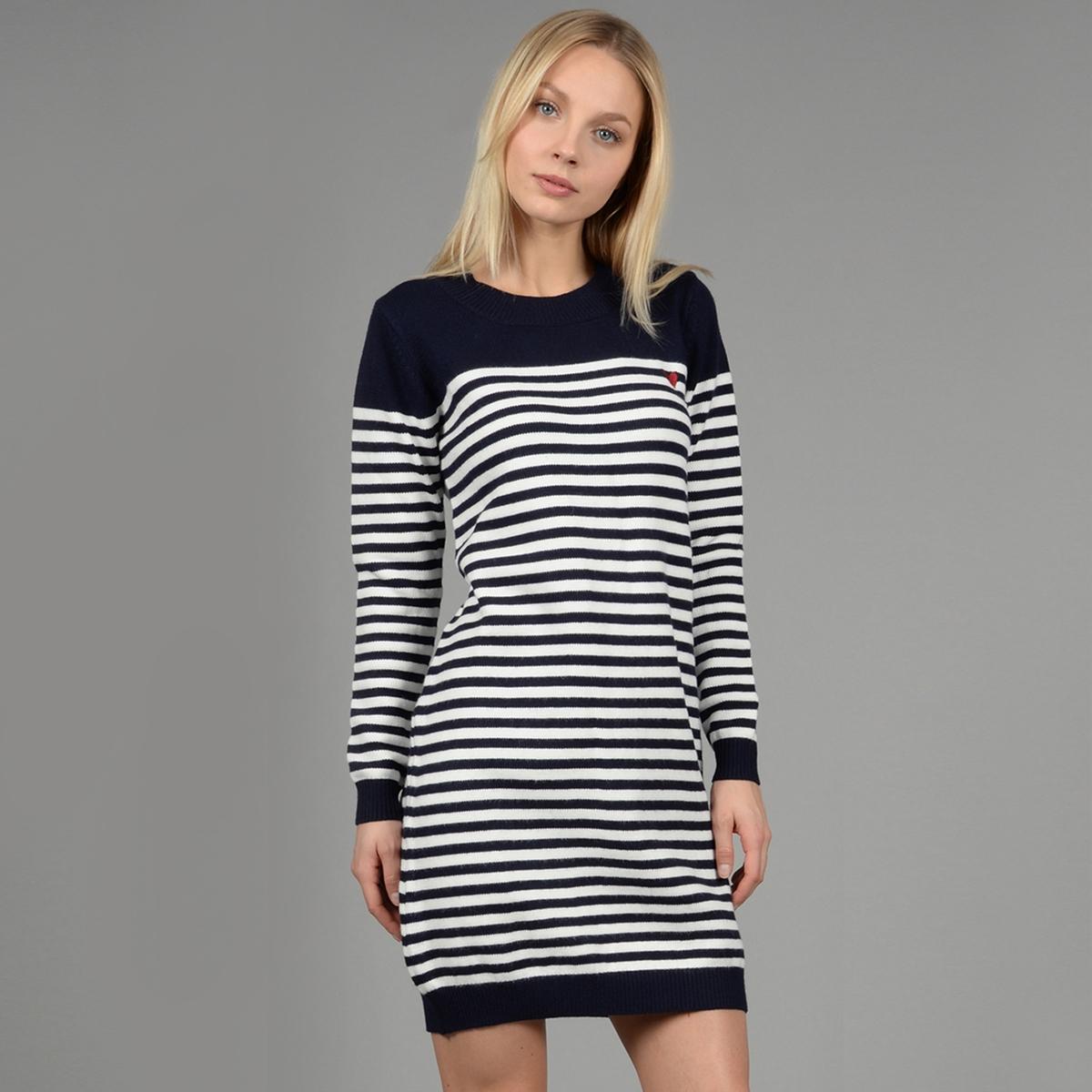 Платье-пуловер короткое с длинными рукавами