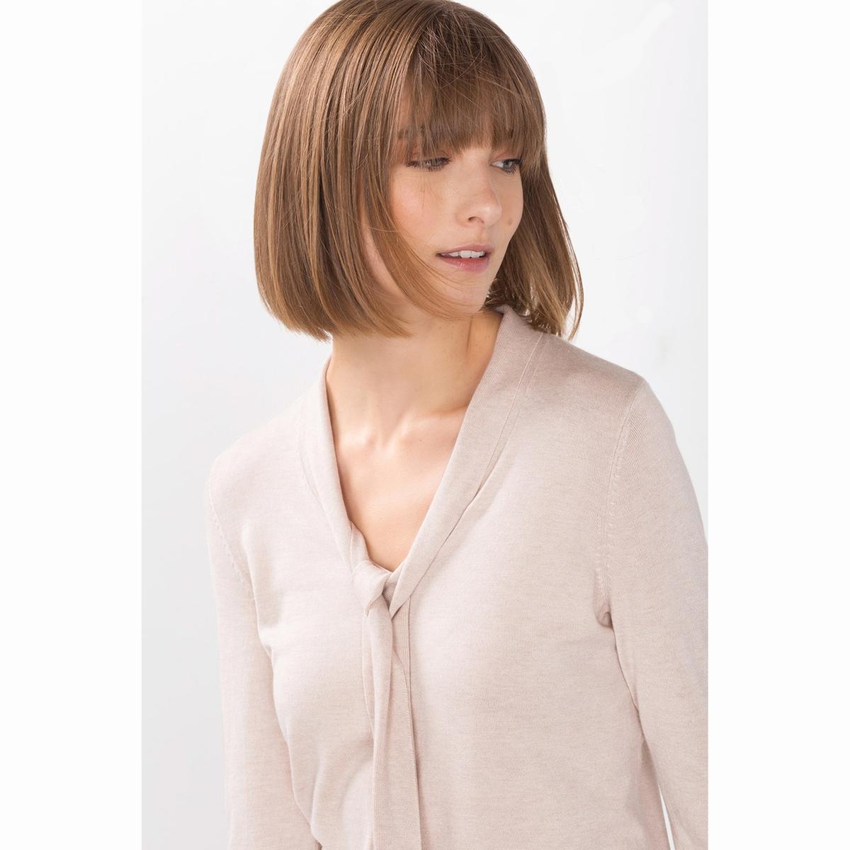 Пуловер с воротником-галстуком.Пуловер с воротником-галстуком . Тонкий струящийся пуловер. Длинные рукава. Изысканный и женственный воротник-галстук.Состав и описаниеМатериалы: 85% вискозы, 15% полиамидаМарка: EspritУходСледуйте рекомендациям по уходу, указанным на этикетке изделия<br><br>Цвет: песочный