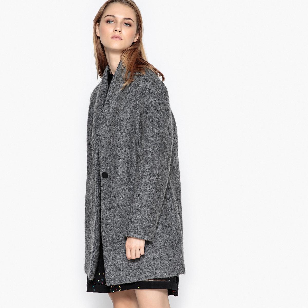 Пальто средней длины 30% шерстиОписание:Чтобы выглядеть модно, выбирайте это пальто SUNCOO из смесовой шерсти . Шалевый воротник. Застежка на 1 пуговицу спереди. 2 невидимых кармана .Детали •  Длина : средняя •  Шалевый воротник • Застежка на пуговицыСостав и уход •  30% шерсти, 70% полиэстера •  Следуйте рекомендациям по уходу, указанным на этикетке изделия<br><br>Цвет: антрацит,красный<br>Размер: M.XS.S