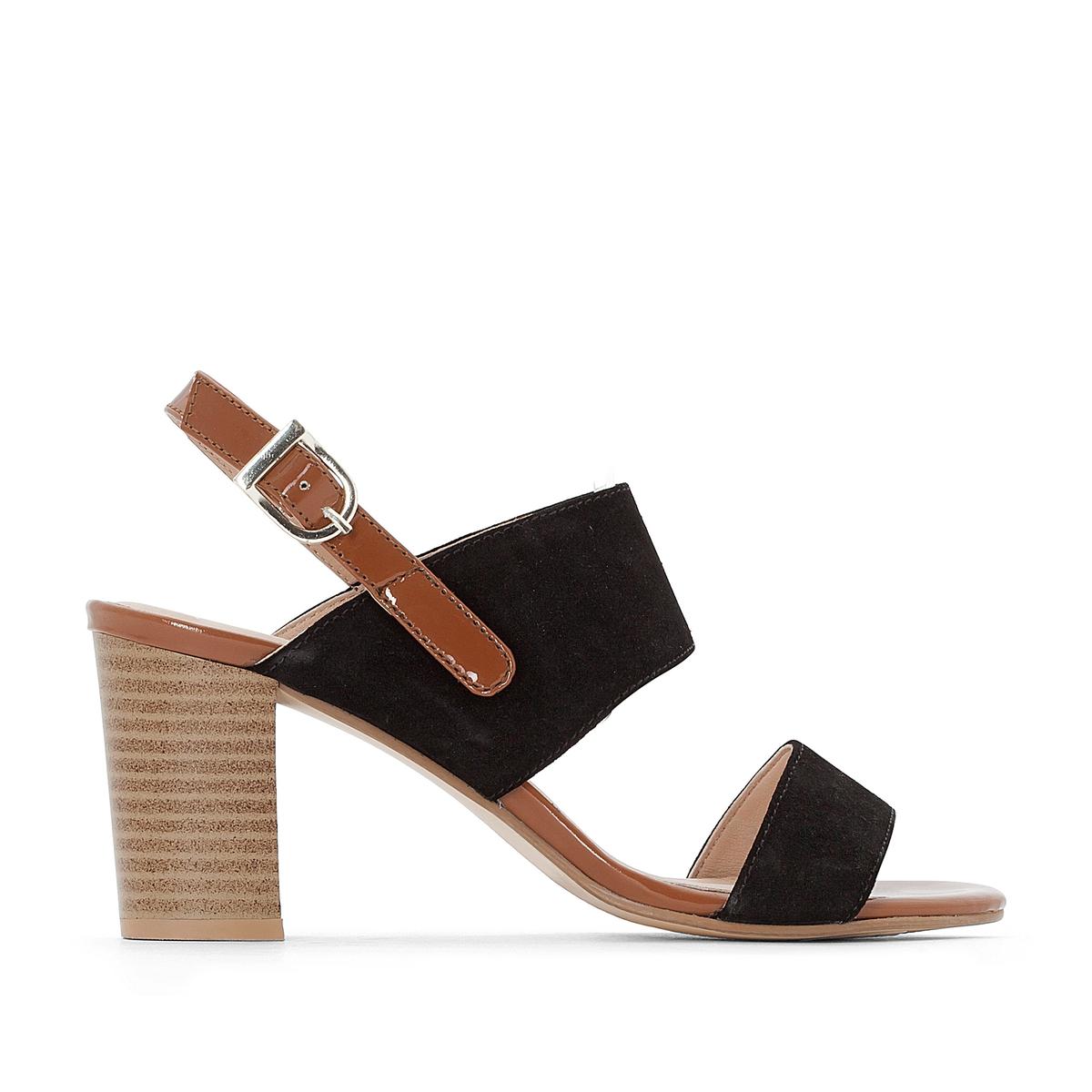 Босоножки кожаные на высоком каблукеВерх : кожа   Подкладка : кожа   Стелька : кожа   Подошва : эластомер   Высота каблука : 9 см   Форма каблука : высокий   Мысок : открытый   Застежка : ремешок с пряжкой<br><br>Цвет: черный<br>Размер: 39.41