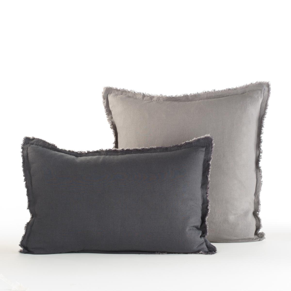 Наволочка PurangiНаволочка Purangi :  уникальное сочетание аутентичности, комфорта и элегантности, тонкий стиранный лен, прохладный летом, теплый зимой...Материал :- 100% лен.Отделка :   - Бахрома- Форма мешка.Уход :   Машинная стирка при 60 °С. Размеры :50 x 70 см : прямоугольная наволочка - 65 x 65 см : квадратная наволочка<br><br>Цвет: желтый лимонный,светло-синий,серый