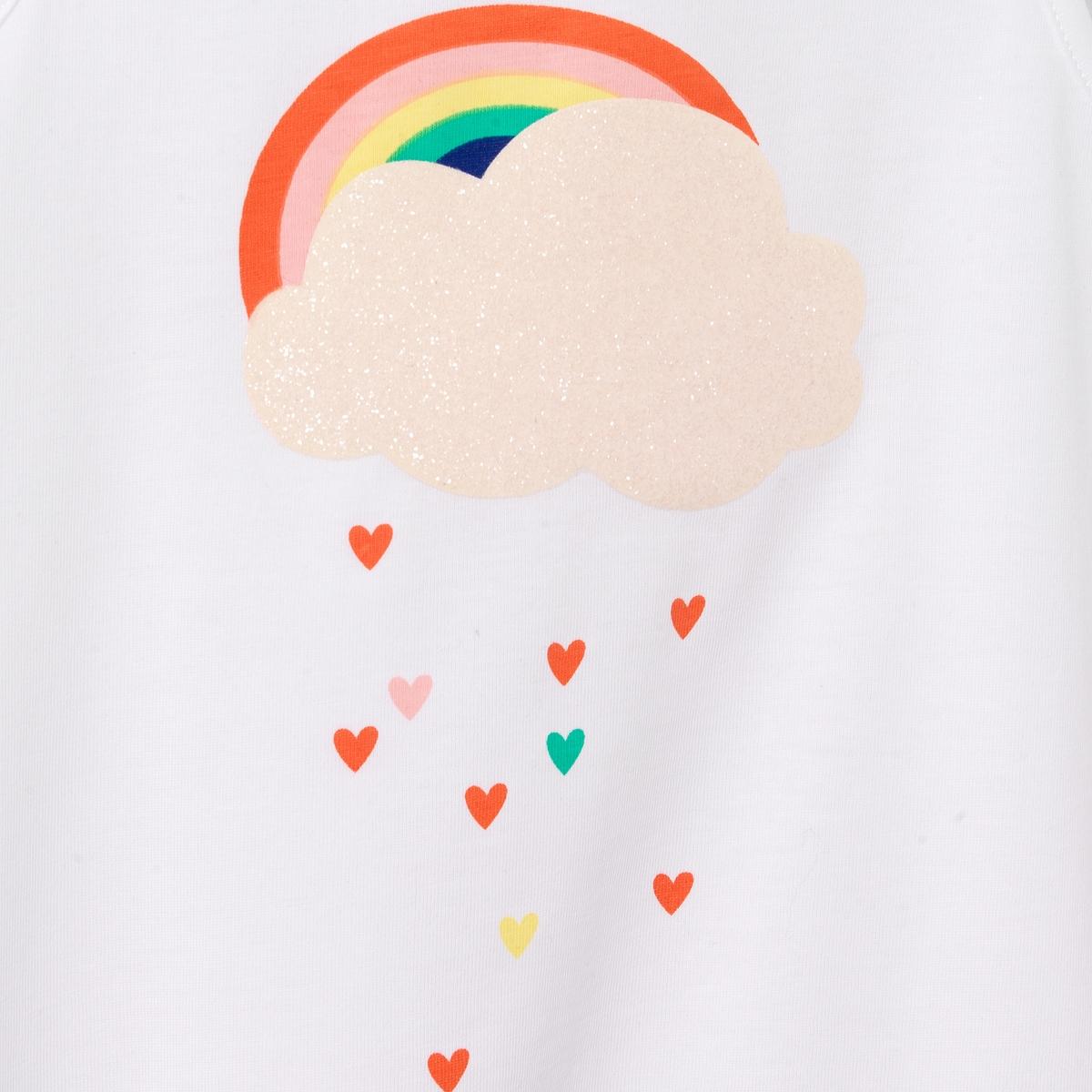 Топ с рисунком радуга, 3-12 летТоп с рисунком радуга и небо с блестками. Круглый вырез. Бант на плече. Прямой покрой.Состав и описание : Материал          100% хлопокМарка          abcdRУход :Машинная стирка при 40 °C с вещами схожих цветовСтирать и гладить с изнаночной стороныСухая чистка и машинная сушка запрещеныГладить при низкой температуре<br><br>Цвет: белый<br>Размер: 3 года - 94 см.5 лет - 108 см