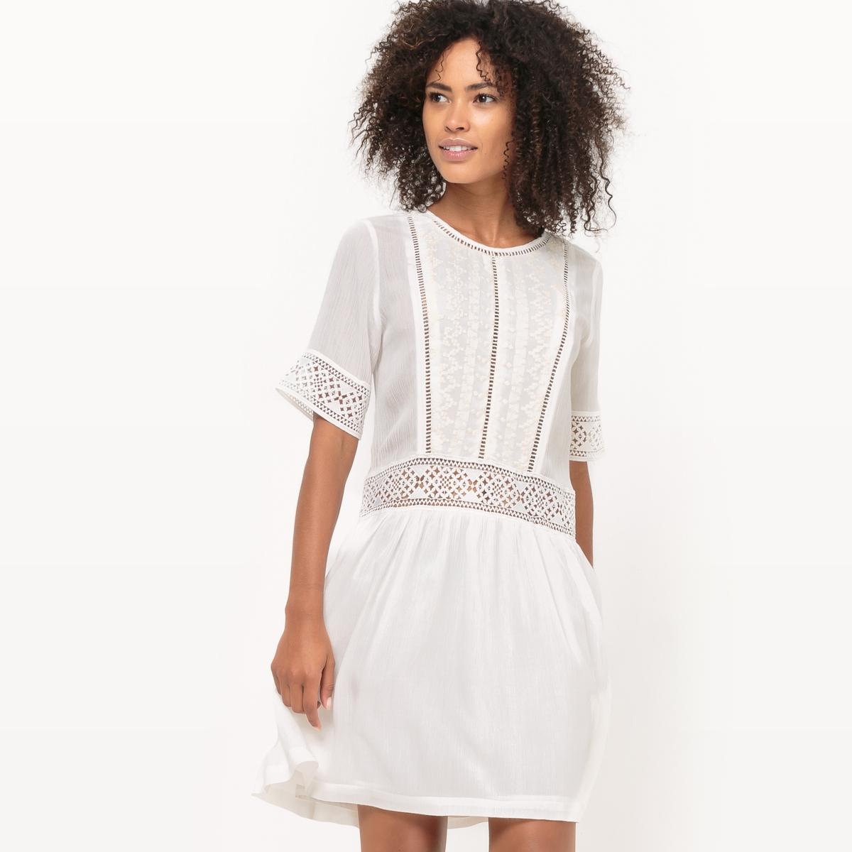 Фото Платье короткое, с короткими рукавами, однотонное. Купить с доставкой