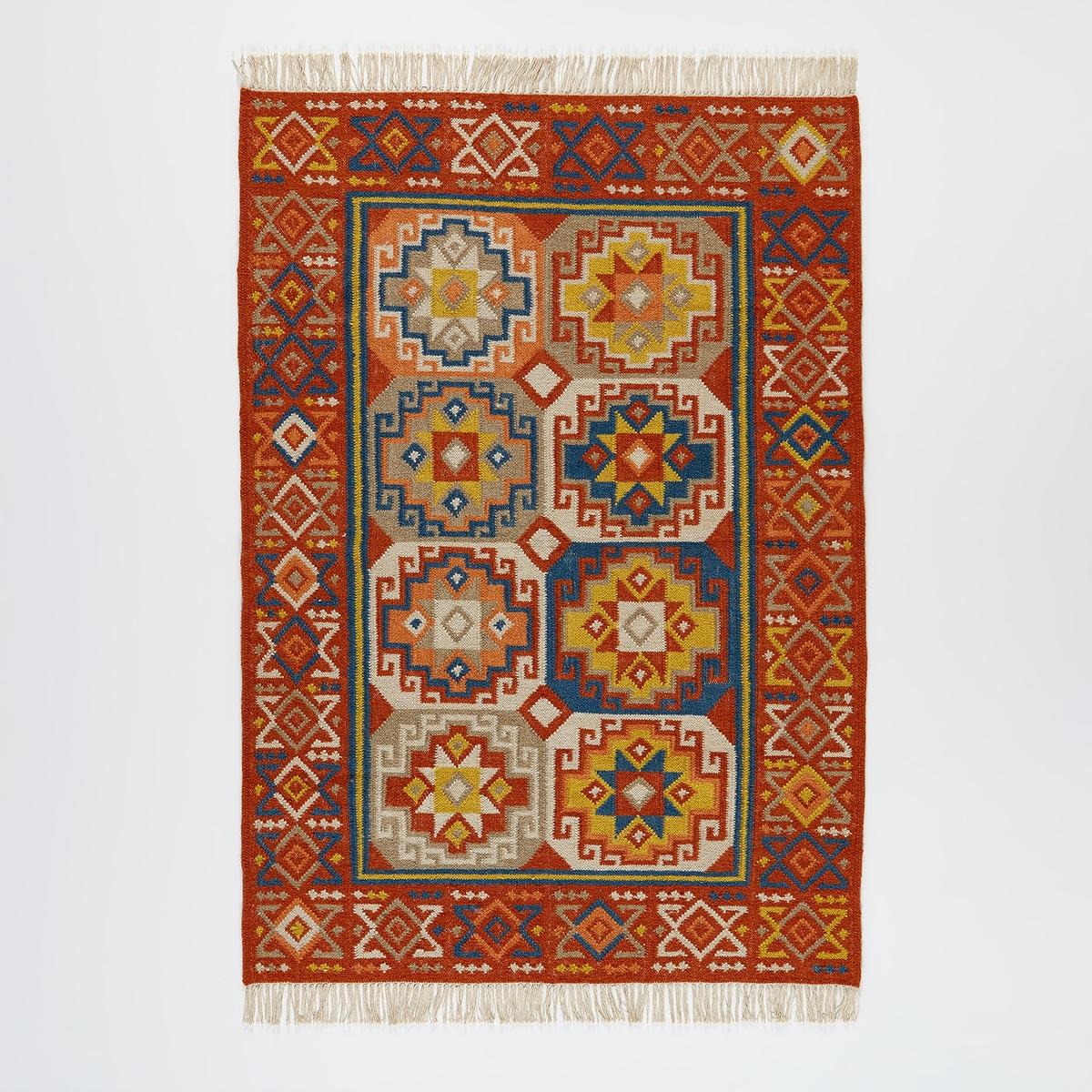 Ковер в стиле килим из шерсти из Новой Зеландии FerlichiКовер в стиле килим Ferlichi. Яркий геометрический рисунок, шерсть из Новой Зеландии, славящаяся своим исключительным качеством. Ковер в стиле килим с горизонтальным плетением и бахромой на краях, родом из Турции, славящийся разнообразием цветов и красивым геометрическим рисунком. На полу или на стене, этот ковер станет неотъемлемым элементом декора вашего интерьера. Небольшая толщина (менее 0,5 мм), легкий уход.Настоящий элемент декора, отличная тепло и шумоизоляция, ковер согревает атмосферу, структурирует пространство и придает комфорта. Высококачественные ковры AM.PM изготовлены вручную.Материал :- Ковер из 80% шерсти из Новой Зеландии, 20% хлопкаХарактеристики :- Способ производства : ручное плетение- Вес : 1300 г/м?Уход :Регулярно чистить пылесосом. Сразу вытереть пятна с помощью чистой влажной тряпки   . Рекомендуется сухая чистка.Размеры ковра :Размер 1 :Ширина : 120 смДлина : 180 смРазмер 2 :Ширина : 160 смДлина : 230 смРазмер 3 :Ширина : 200 смДлина : 290 см. Доставка: Возможна доставка товара до квартиры по предварительной договоренности! Внимание! Убедитесь, что товар возможно доставить, учитывая его габариты (проходит в дверные проемы, по лестницам, в лифты).<br><br>Цвет: разноцветный