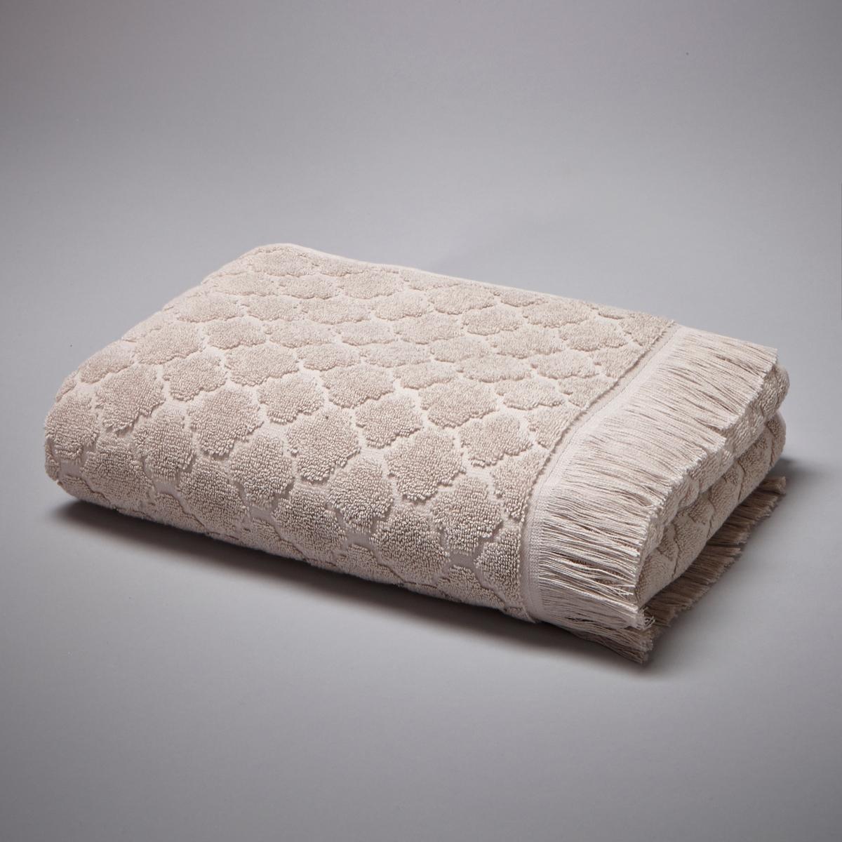 Полотенце АЛЖЮСТРЕЛЬ, 100% хлопкаЖаккардовое полотенце, 100% хлопка, 500 г/м?, выстриженные мотивы в восточном стиле. Отделка бахромой.Мягкая, нежная, впитывающая махровая ткань, стирка при 60°.Размеры полотенца: 50 x 100 см.<br><br>Цвет: бежевый песочный,розовое дерево,серо-синий,серый,экрю