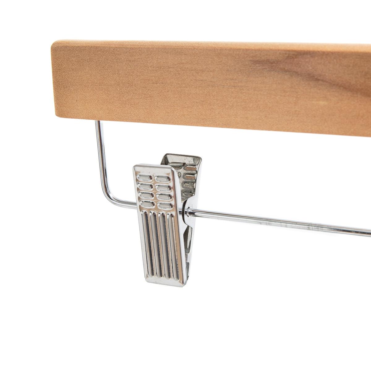2 вешалки для юбок и брюкКомплект из 2 вешалок для юбок и брюк. Вешалки из металла и натурального дерева с регулируемыми по ширине зажимами позволят с легкостью повесить ваши вещи.Характеристики вешалок : Из металла и натурального дерева2 зажима с противоскользящим покрытием регулируются по ширине до 30,5 смРазмеры вешалок :Ширина : 35 см Толщина: 2,5 см Высота: 17 см  Размеры и вес упаковки :1 коробка 35 x 17 x 3 см.0,5 кгДоставка :Возможна доставка до квартиры по предварительному согласованию!Внимание ! Убедитесь, что посылку возможно доставить на дом, учитывая ее габариты.<br><br>Цвет: светло-коричневый