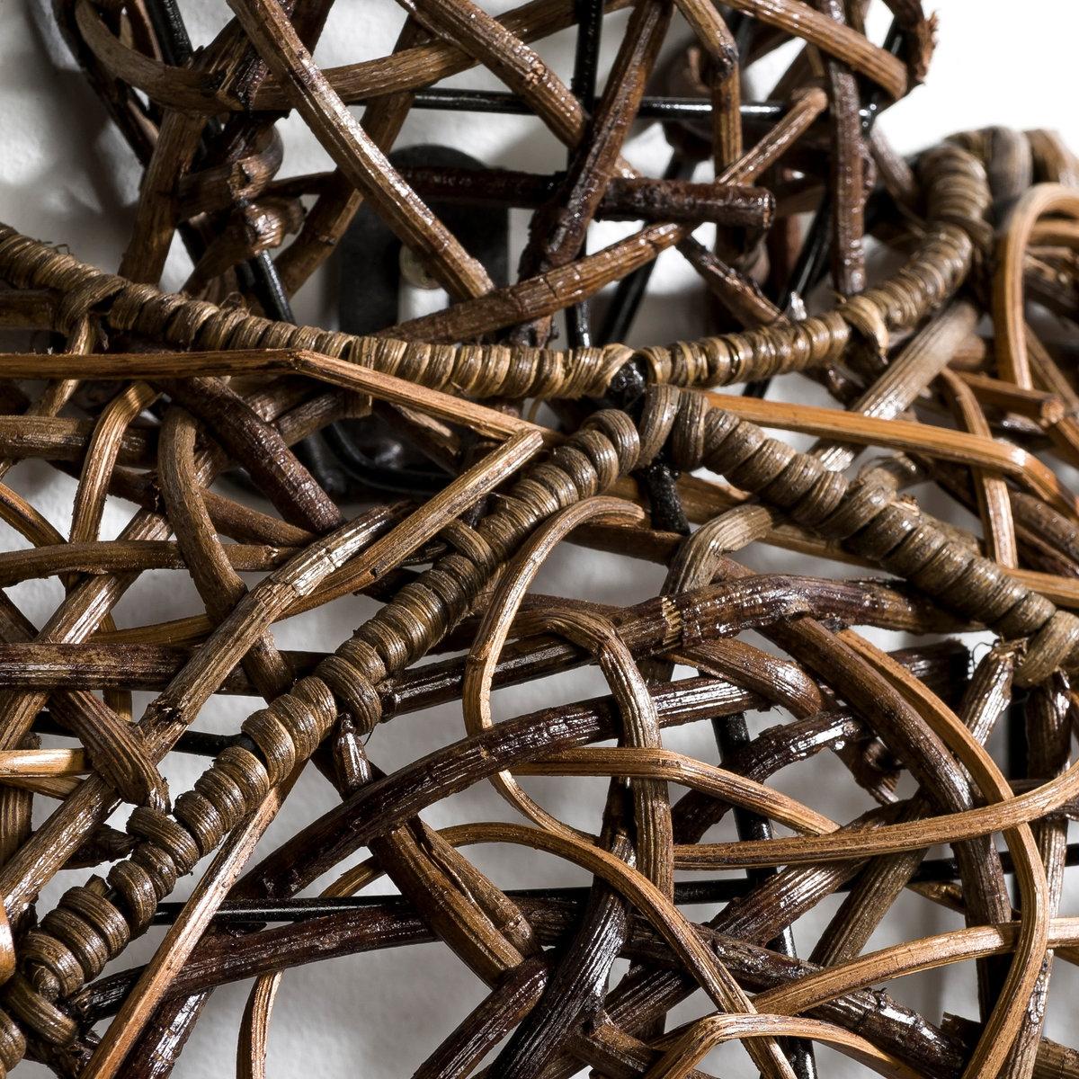 Черепаха плетёная ZeldaМеталлическая конструкция покрытая плетёным тростником. В комплекте 2 пластины для крепления на стену, шурупы и дюбеля не прилагаются. Размеры: Дл.65 x Шир.55 x Выс.12 см.<br><br>Цвет: черный