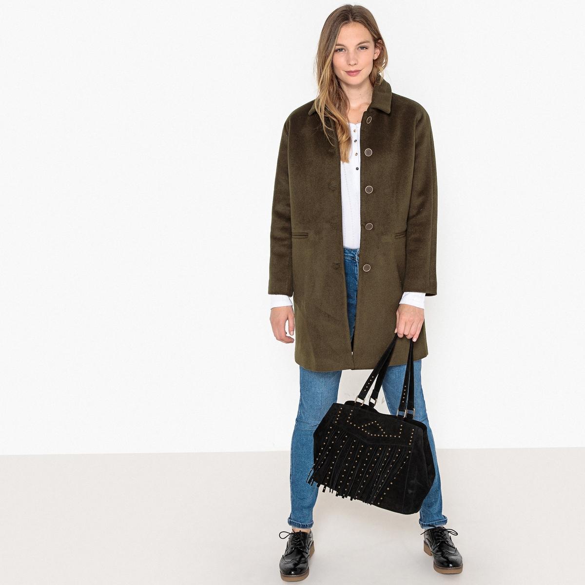 Abrigo semilargo con bolsillos con mezcla de lana