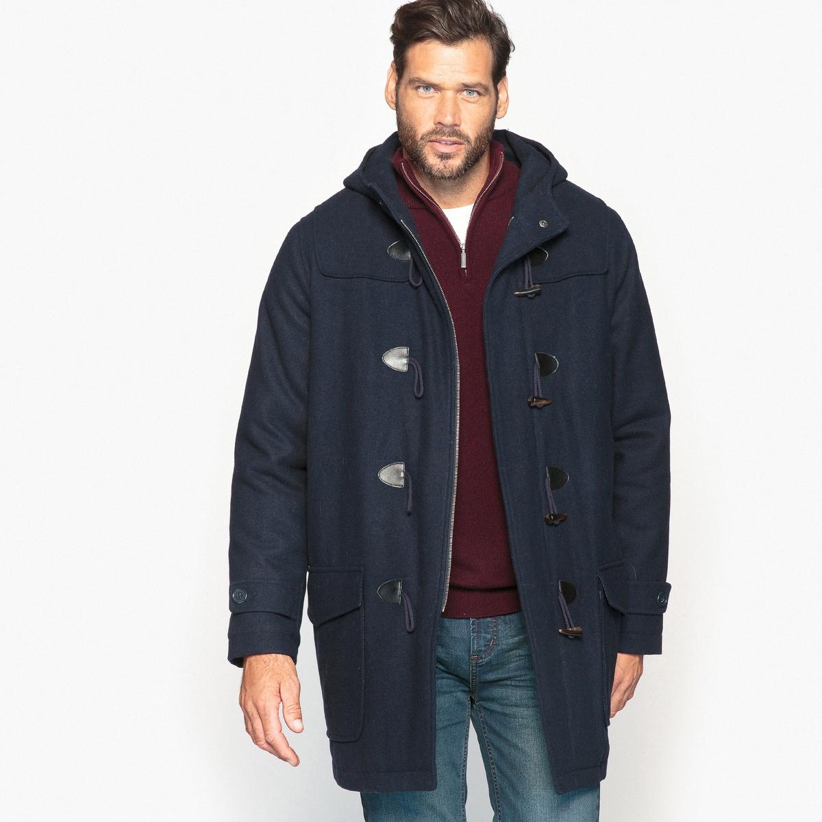 Короткое пальто с капюшономОписание:Дафлкот в аутентичном стиле - главный предмет мужского гардероба. Не выходящее из моды пальто подойдет к образу городского или спортивного стиля.Детали •  Длина : средняя •  Капюшон  •  Застежка на молнию •  С капюшоном Состав и уход •  2% вискозы, 66% шерсти, 5% акрила, 2% хлопка, 4% полиамида, 21% полиэстера • Не стирать •  Допускается чистка любыми растворителями / отбеливание запрещено •  Не использовать барабанную сушку •  Не гладить  Товар из коллекции больших размеров •  Застежка на молнию и застежка-клевант спереди. •  2 больших кармана с клапанами.<br><br>Цвет: темно-синий<br>Размер: 74/76.58/60