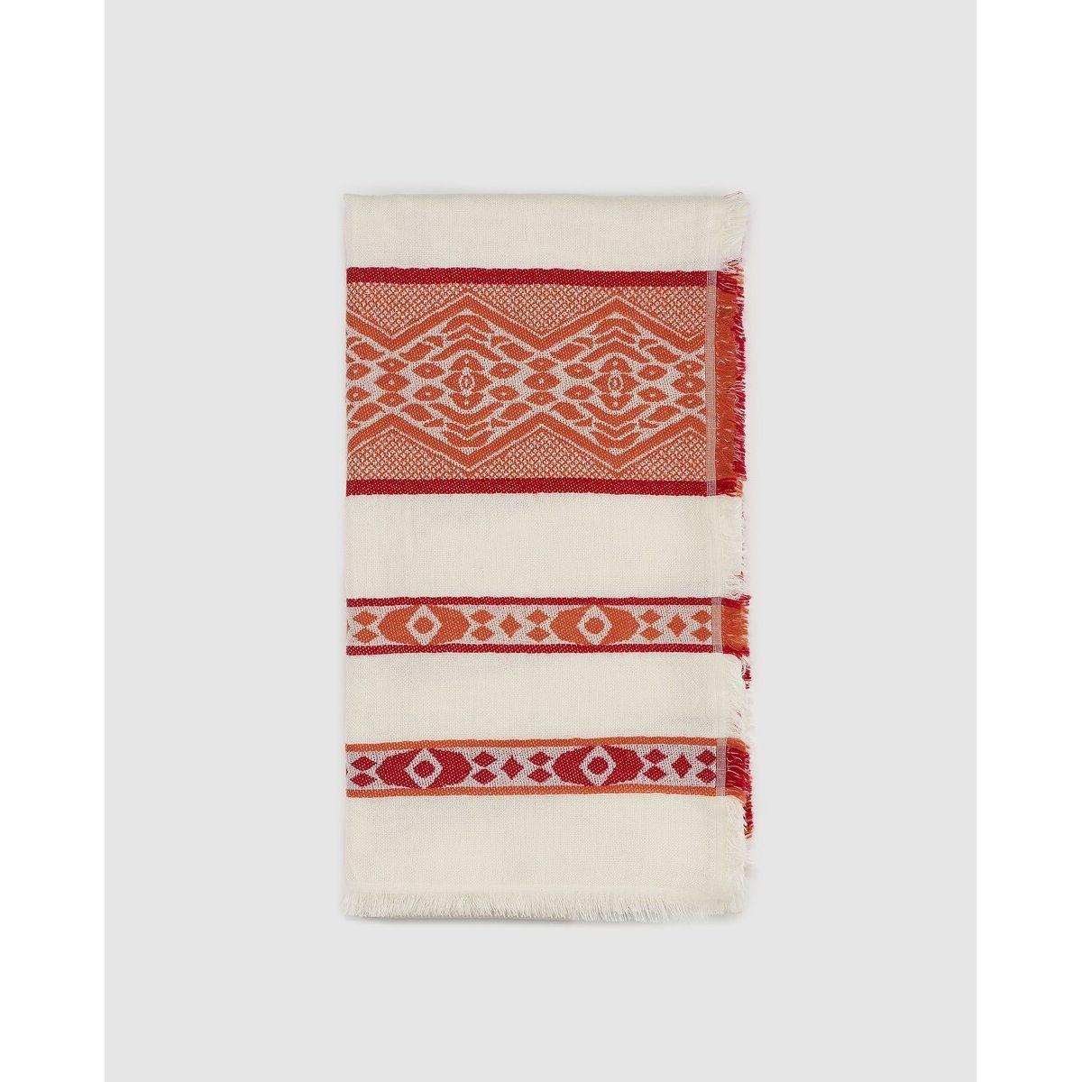 Foulard écru à imprimé ethnique