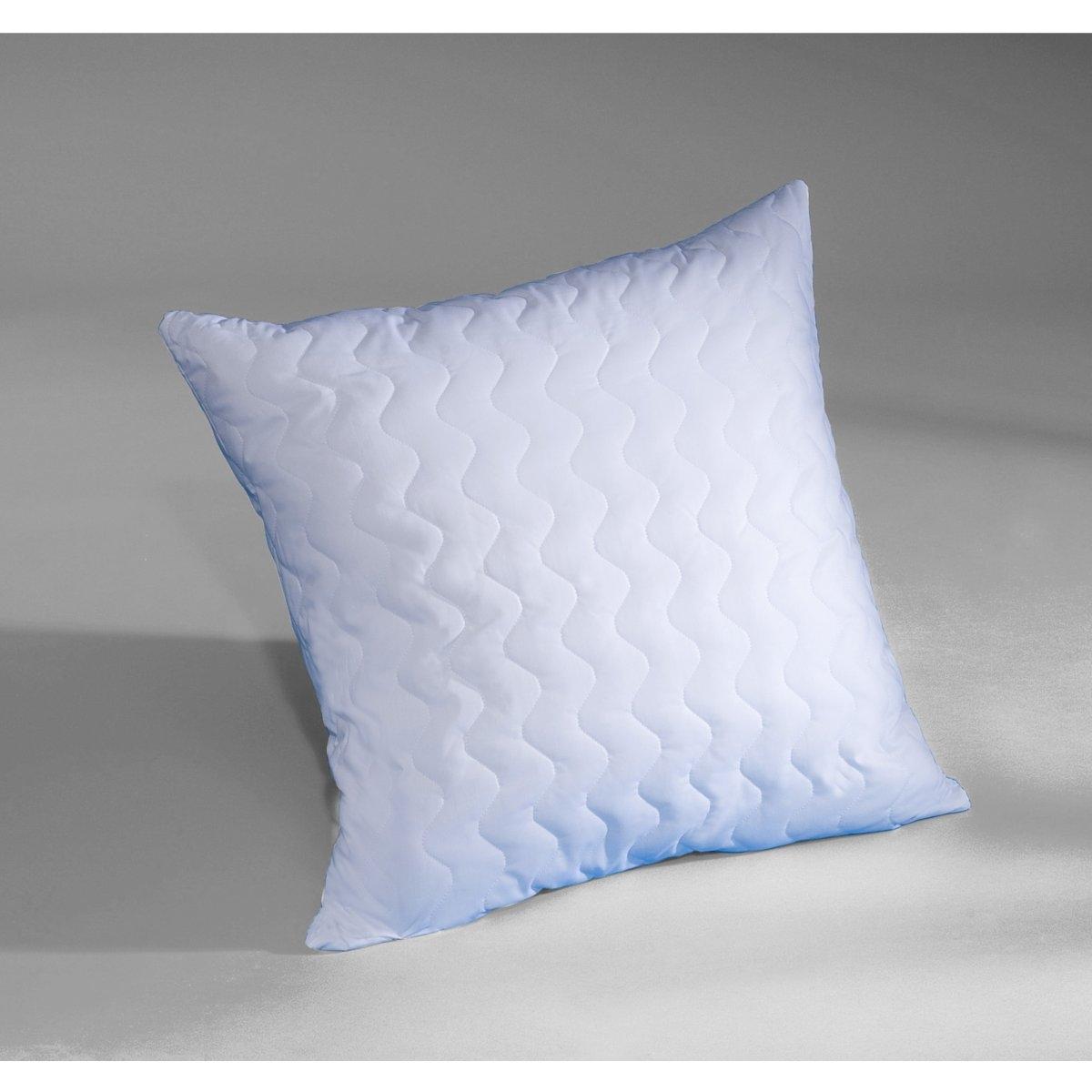 Подушка из синтетикиОчень мягкая подушка подарить несравненное ощущение комфорта! Наполнитель из невероятно тонких силиконовых волокон ISOLANE напоминает пух, но имеет преимущества полиэстерового волокна. Не вызывает аллергии. Машинная стирка при 40°. Двойная защита из перкали, 100% хлопка: 1 чехол + 1 съемный чехол с застежкой на молнию, стеганый, из полиэстера (40 г/м?).<br><br>Цвет: белый