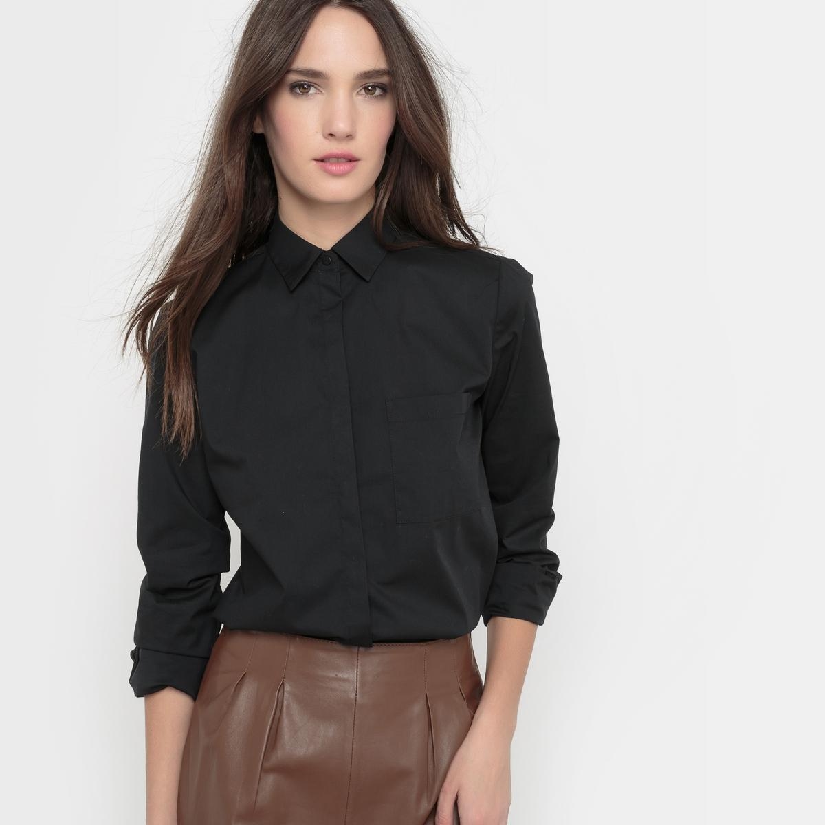Рубашка однотонная из хлопкового поплина стрейч. Длинные рукава.Рубашка прямого покроя . Однотонный поплин стрейч 69% хлопка, 28% полиамида, 3% эластана. Длинные рукава, манжеты с пуговицами . Накладной нагрудный карман . Закругленный низ . Длина ок.70 см .<br><br>Цвет: черный