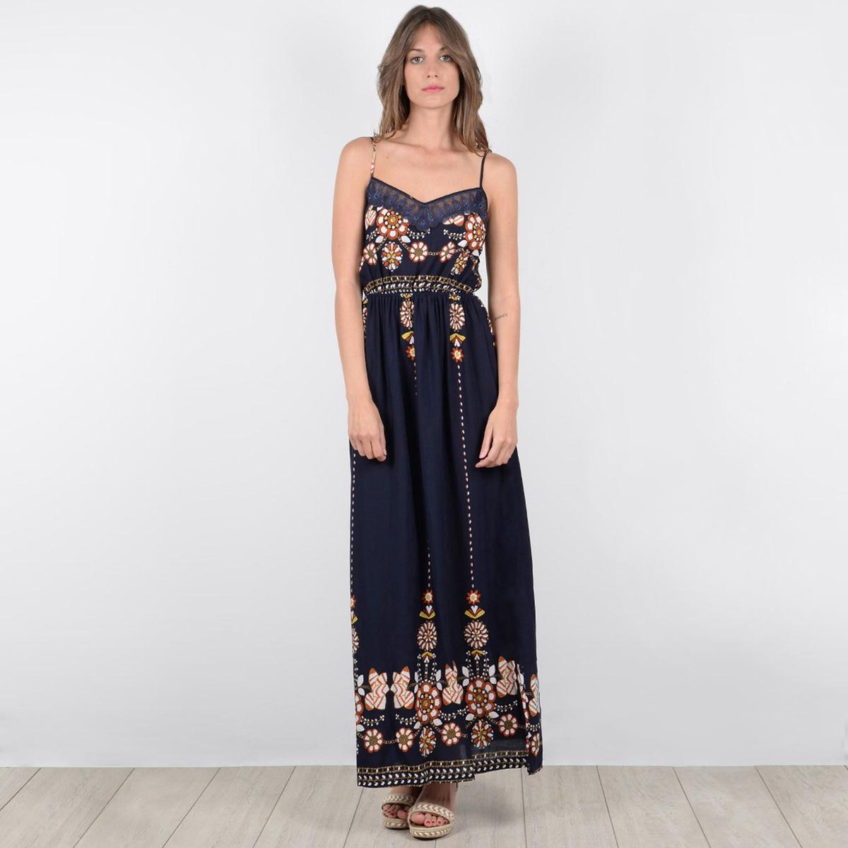 Платье расклешённое, длинное, с этническим рисунком