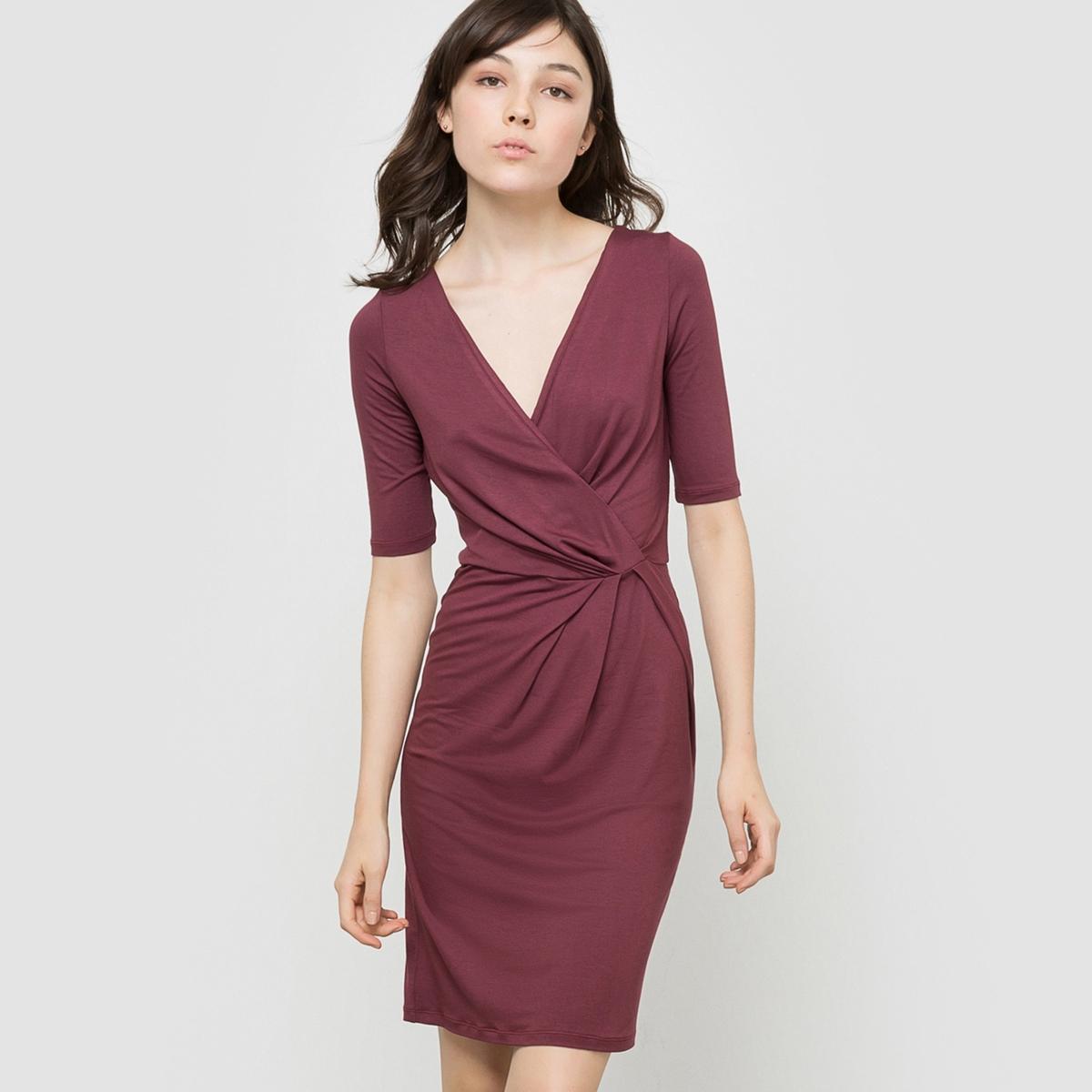 Платье трикотажное с рукавами 3/4Состав и описаниеМатериал: 95% вискозы, 5% эластана.Подкладка: -?Марка: R ?dition<br><br>Цвет: бордовый<br>Размер: 42/44 (FR) - 48/50 (RUS)