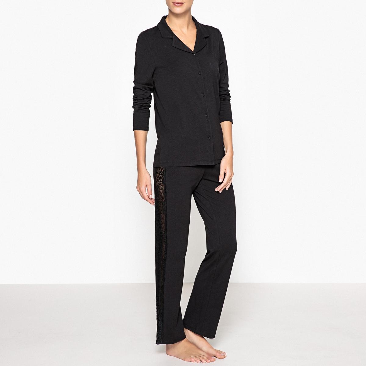 Пижама с кружевными деталямиРомантичная пижама немного в винтажном стиле прямого покроя украшена кружевом. Комфорт, мягкость и женственность гарантированы. Состав и описаниеПижама прямого покроя.Кружевные вставки сзади и по бокам брюк, эластичный поясМатериал :  47% хлопка, 47% модала, 6% эластанаДлина : Рубашка ночная: 67 см.Длина по внутр.шву: 76 смУход : Стирать при температуре 30° со схожими цветами.Стирать, сушить и гладить с изнаночной стороны<br><br>Цвет: черный