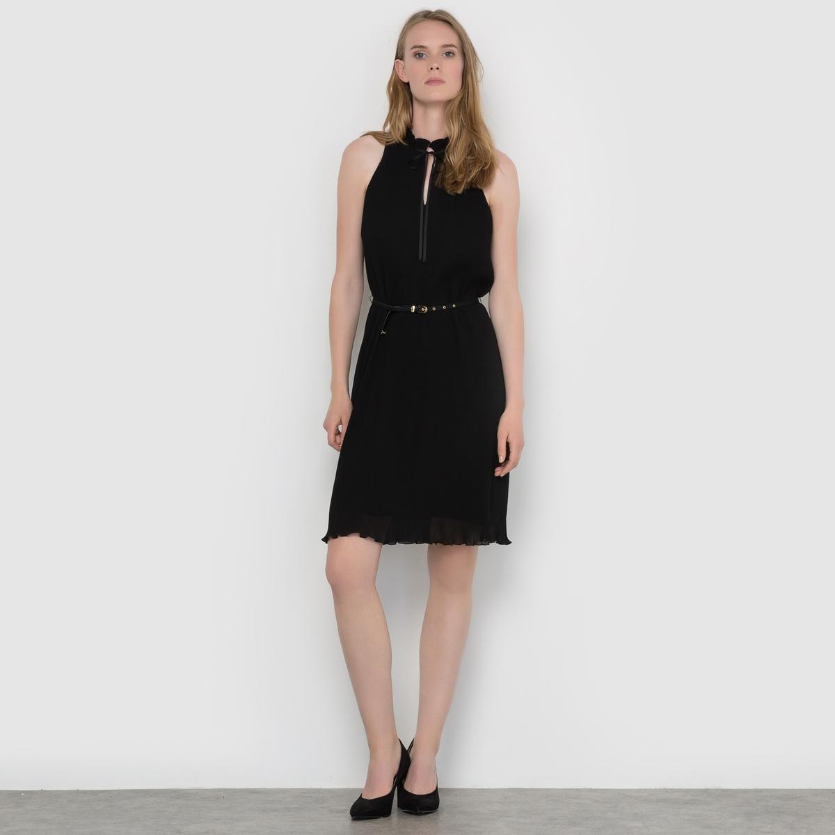 Платье с высоким воротникомСостав и описаниеМатериал :  Платье 100% полиэстера - пояс 100% полиуретанаМарка : EspritУходСм. рекомендации по уходу, указанные на этикетке изделия<br><br>Цвет: черный<br>Размер: 42 (FR) - 48 (RUS).40 (FR) - 46 (RUS).38 (FR) - 44 (RUS)