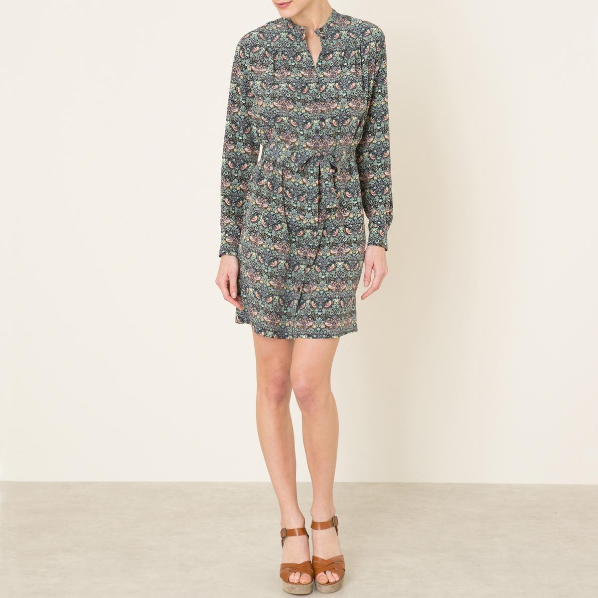 Платье DOLCEПлатье SESSUN- модель DOLCE из шелка. Длинные рукава. Застежка на пуговицы. Завязки на поясе.   Состав и описание   Материал : 100% шелк   Марка :  SESSUN<br><br>Цвет: серый