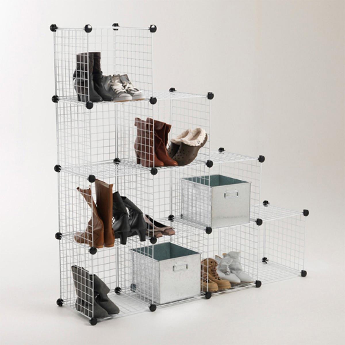 10 ящиков для хранения ModuloСборка без инструментов ! Можно использовать как самостоятельные полки или встраивать в шкаф (оставьте 2 см по бокам, исходя из размера креплений). ХАРАКТЕРИСТИКИ кубов MODULO :- Металл покрытый плёнкой ПВХ- Продаются в наборе из 10 шт..Размеры :- Размер. 1 куба : 35,5 см каждая грань.<br><br>Цвет: белый,серый<br>Размер: единый размер