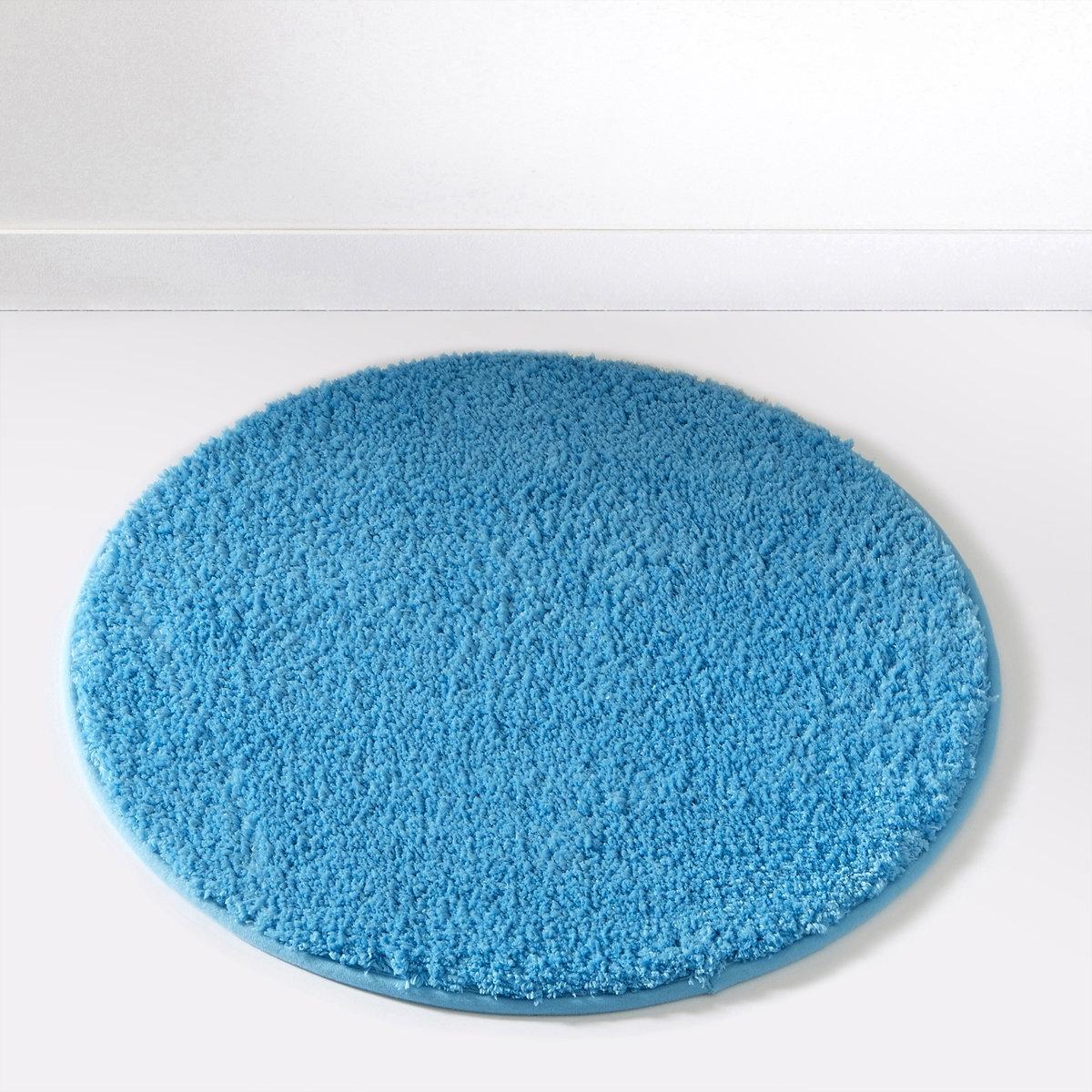 Коврик для ванной SCENARIOСостав коврика для ванной Scenario:Пушистая одноцветная микрофибра, 1500 г/м2.100% полиэстера.Диаметр коврика для ванной Scenario:60 см, 7 цветов: бежевый / белый / голубой / темно-серый / черный / зеленый анисовый / фиолетовый сливовый.<br><br>Цвет: Голубая лагуна<br>Размер: единый размер