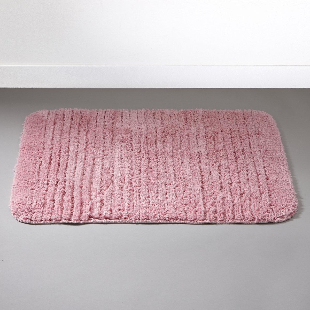 Коврик для ванной, 1100 г/м?Пушистый коврик для ванной комнаты. 100% хлопка, 1100 г/м?, ультрамягкий и невероятно впитывающий. Стирка при 60°. Рельефные полоски. Обратная сторона с покрытием против скольжения.<br><br>Цвет: розовый<br>Размер: прямоуг. 70 x 120 см