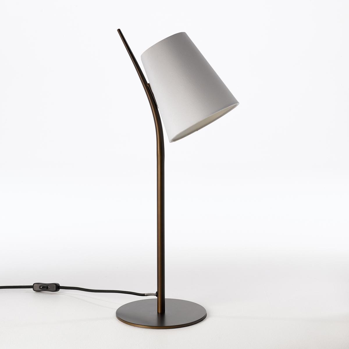 Лампа настольная, JouanicoНастольная лампа Jouanico. Успешное сочетание металла и хлопка для создания изящной лампы.Характеристики : - Из металла с покрытием эпоксидной краской бронзового цвета с эффектом старения- Абажур из хлопка- Патрон E14 для компактной лампы макс. 8 Вт (продается отдельно)- Совместима с лампами класса энергопотребления AРазмеры : - Ш.26 x В.56,8 x Г.18 см<br><br>Цвет: белый