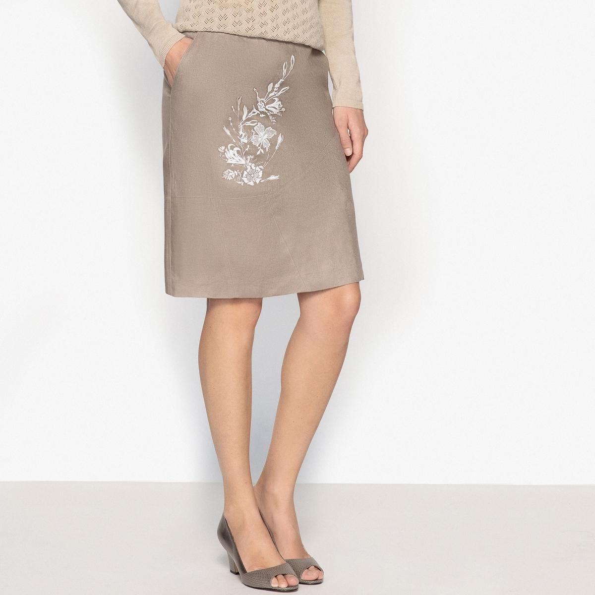 Юбка короткая расклешенная, 100% ленОписание:Слегка расклешенная юбка с набивным рисунком. Мягкая и натуральная саржа, чтобы чувствовать себя свободно  и элегантно.Детали •  Форма : расклешенная •  Укороченная модель  •  Рисунок-принт •  Эластичный поясСостав и уход •  100% лен  •  Подкладка : 100% хлопок •  Температура стирки 30° на деликатном режиме   •  Сухая чистка и отбеливатели запрещены •  Не использовать барабанную сушку •  Низкая температура глажки •  Прямой пояс •   асимметричные отрезные детали спереди и сзади •   Карманы с отрезными бочками •   Застежка на скрытую молнию сбоку •   Эластичная вставка, начиная с размера 44 •   Подкладка из вуали, 100% хлопок •   Длина 56 см<br><br>Цвет: серо-коричневый/рисунок