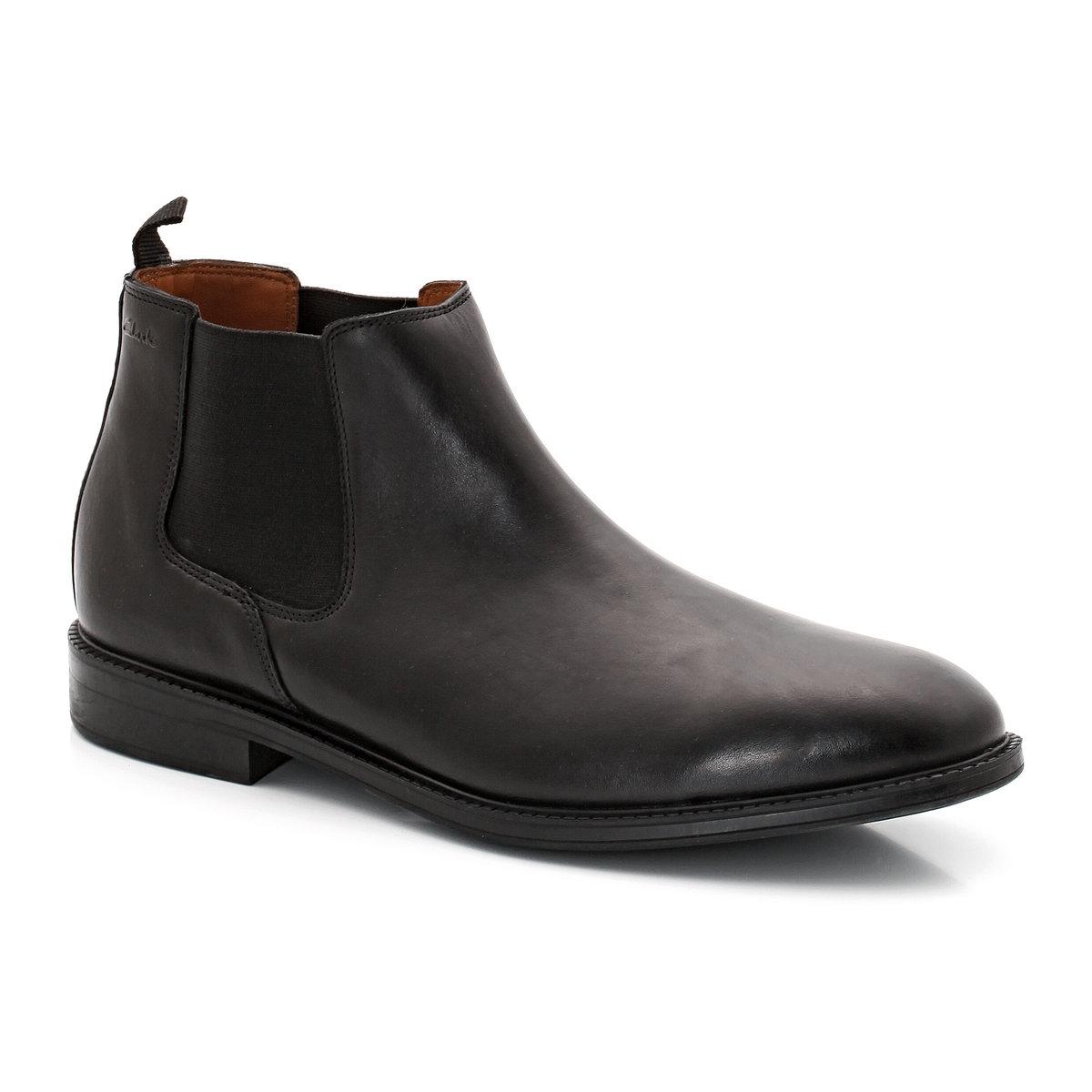 Ботинки кожаные Chilver TopДетали  •  Высота голенища : 15 см для размера 37 •  Высота каблука : 3 см •  Застежка : без застежки •  Круглый мысокСостав и уход   •  Верх 100% яловичная кожа •  Стелька 100% кожа •  Подошва 100% каучук<br><br>Цвет: черный