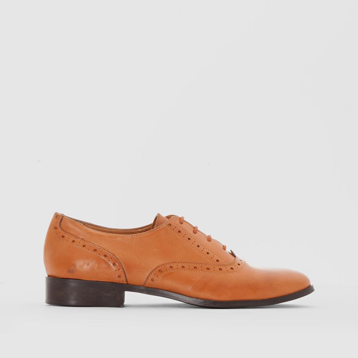 Ботинки-дерби кожаныеПреимущества: перфорированная кожа, стиль нео-ретро, эти ботинки-дерби с лёгкостью будут сочетаться с любыми вашими образами.<br><br>Цвет: темно-бежевый<br>Размер: 39