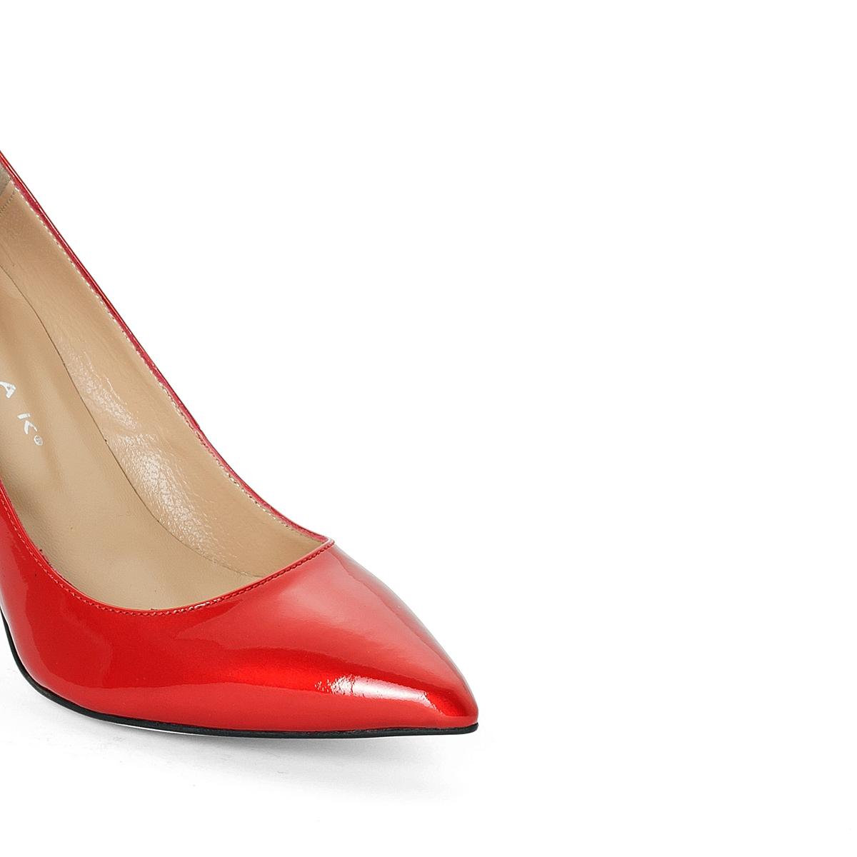 Туфли кожаные лакированные AlaricВерх : Кожа.   Подкладка : Кожа.   Стелька : Кожа.   Подошва : эластомер   Высота каблука : 8 см   Форма каблука : шпилька   Мысок : заостренный мысок     Застежка : без застежки<br><br>Цвет: красный лак