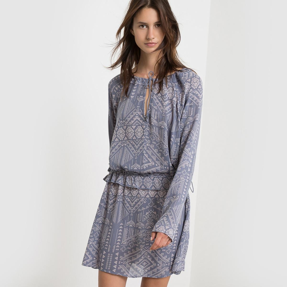 Платье приталенное с воланами VILUKKAL DRESSСостав и описание :Материал : 100% вискозы<br><br>Цвет: сине-серый<br>Размер: M