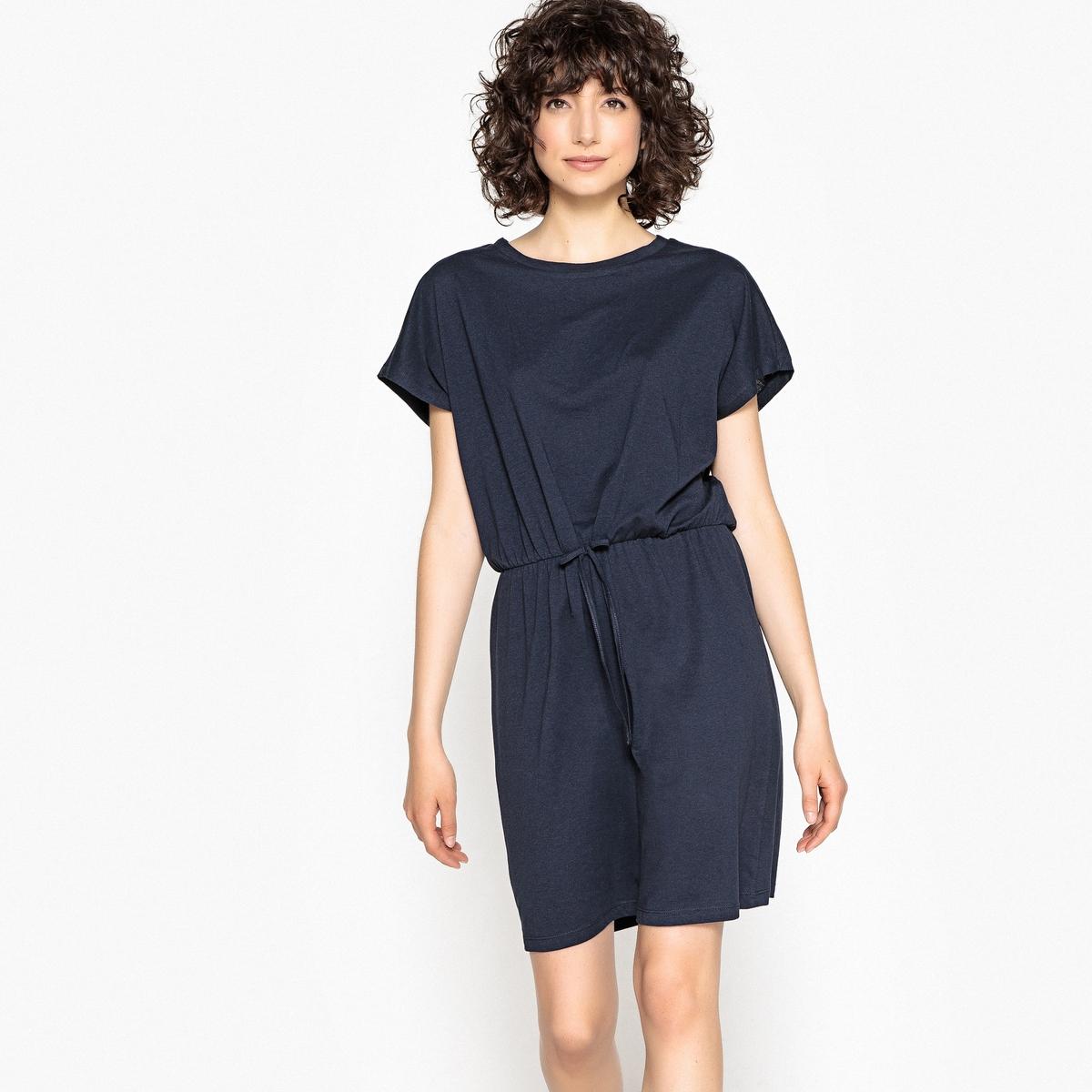 Платье с круглым вырезом, короткими рукавами и завязками на поясе