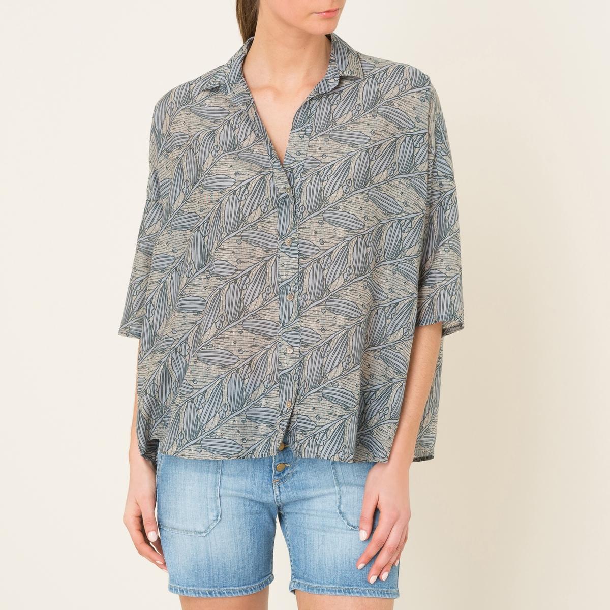 Рубашка свободная CLARAСвободная рубашка DIEGA - модель CLARA из хлопка и шелка. Круглый вырез. Планка застежки на пуговицы. Рукава 3/4. Рубашечный низ. Длиннее сзади.Состав и описаниеМатериал : 70% хлопка, 30% шелкаМарка : DIEGA<br><br>Цвет: наб. рисунок синий<br>Размер: S