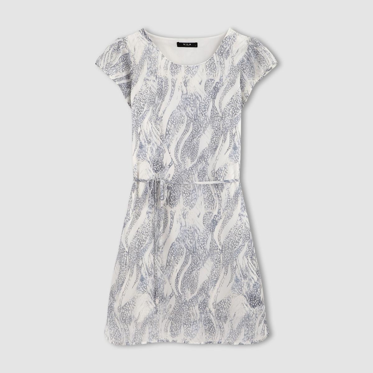 Платье с короткими рукавами VIREPTILE S/S DRESSСостав и описаниеМатериал: 100% полиэстер.Марка: VILA.УходМашинная стирка при 30°C с вещами подобных цветов.Стирка и глажка с изнаночной стороны.<br><br>Цвет: синий<br>Размер: L