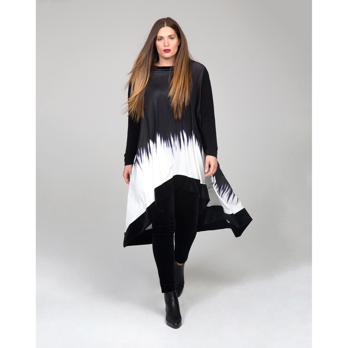 Платье асимметричноеАсимметричный покрой из струящейся ткани с двухцветным рисунком. Отделка низа велюром черного цвета. Удлиненная конструкция спинки. Длинные рукава. Закругленный вырез. Красивое платье одного размера, соответствует 46-54 размерам.<br><br>Цвет: черный