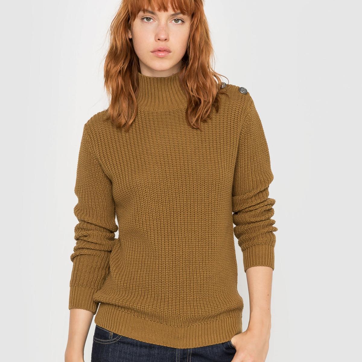 Пуловер в высоким воротником, застегивающимся на пуговицы
