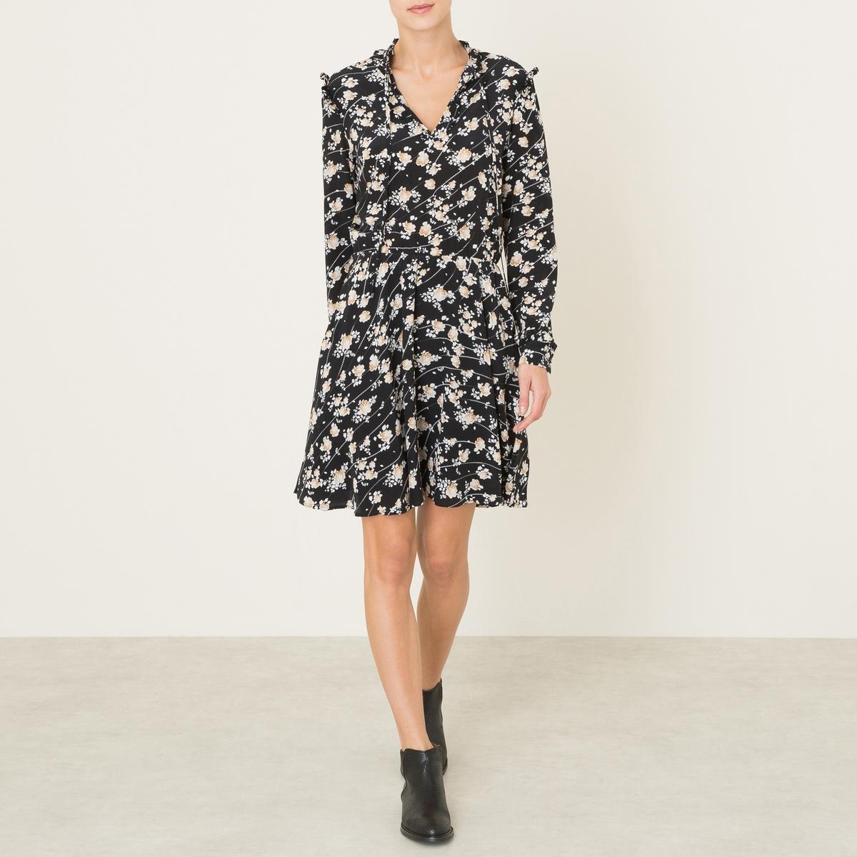 Платье из шелкаСостав и описание Материал : 100% шелкПодкладка 100% полиэстерМарка : THE KOOPLES<br><br>Цвет: черный