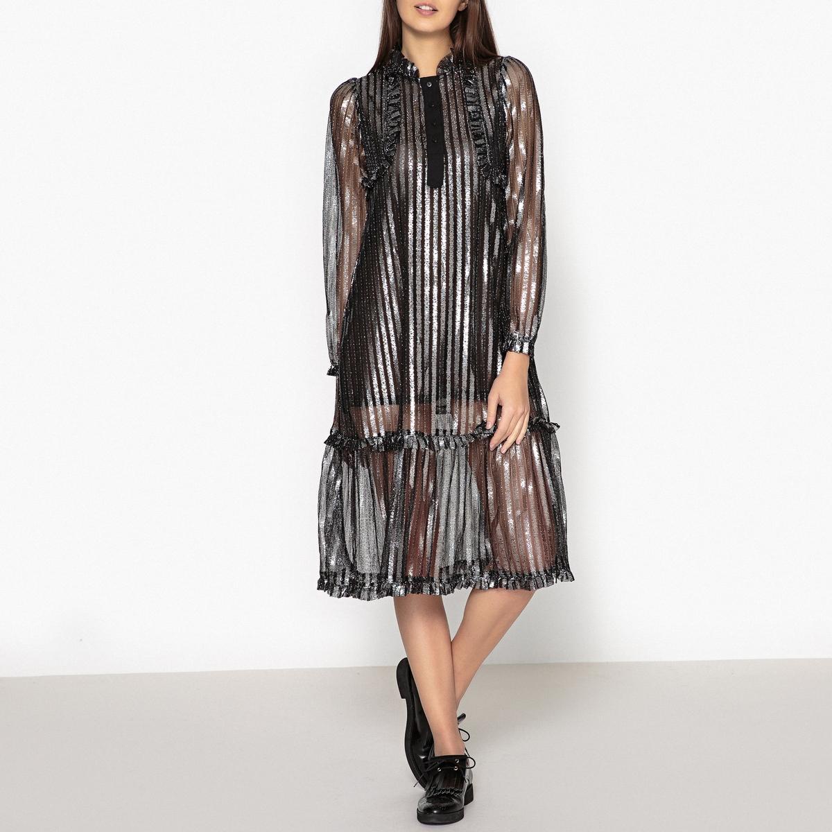 Платье из парчовой ткани