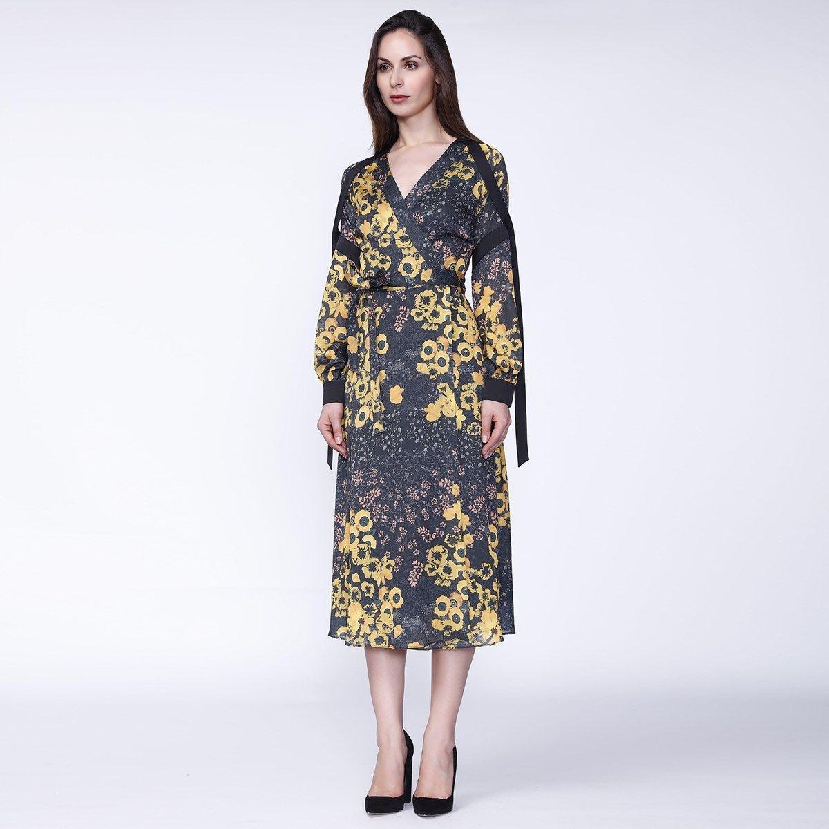 Robe portefeuille garnitures satin et imprimé floral