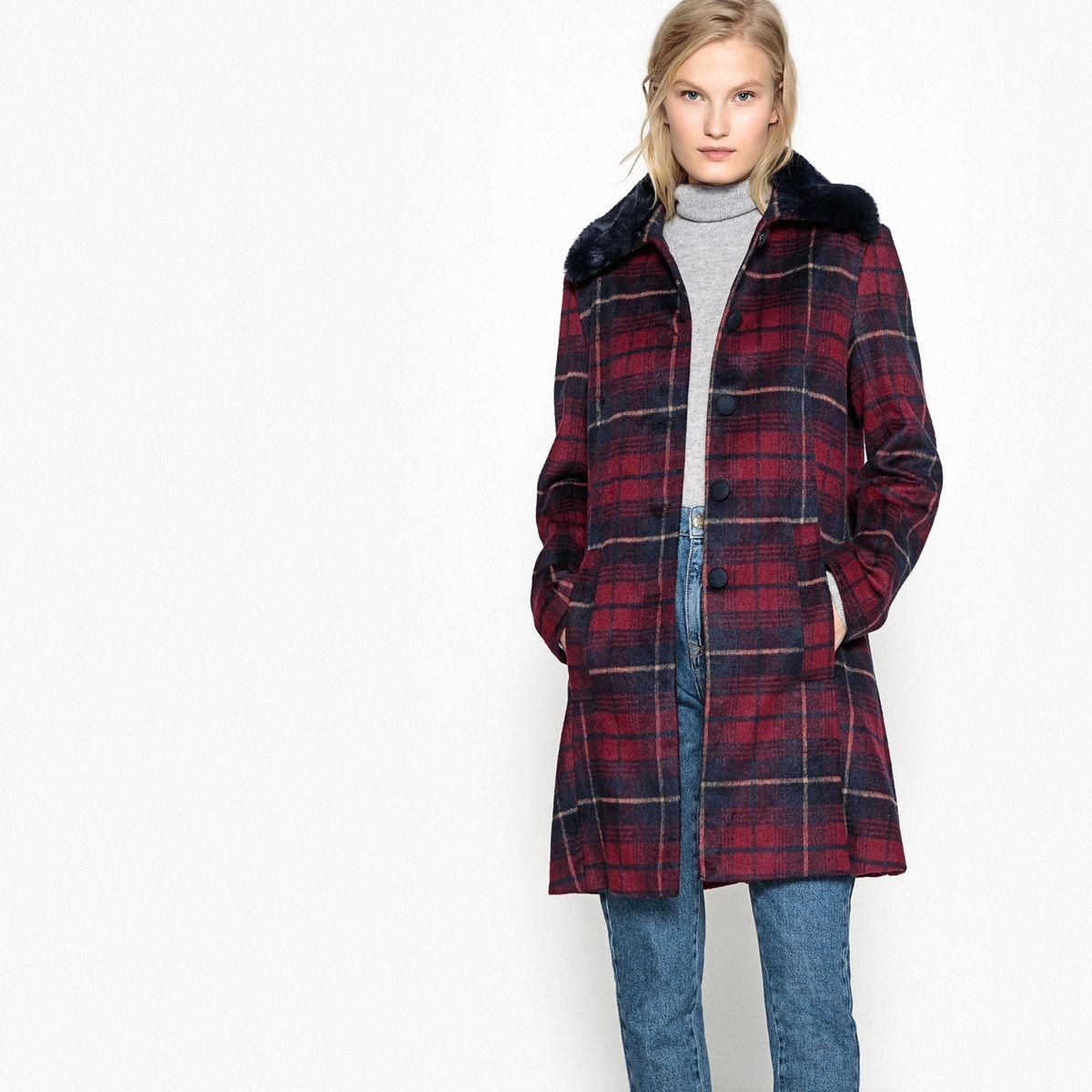 Manteau à carreaux et col imitation fourrure