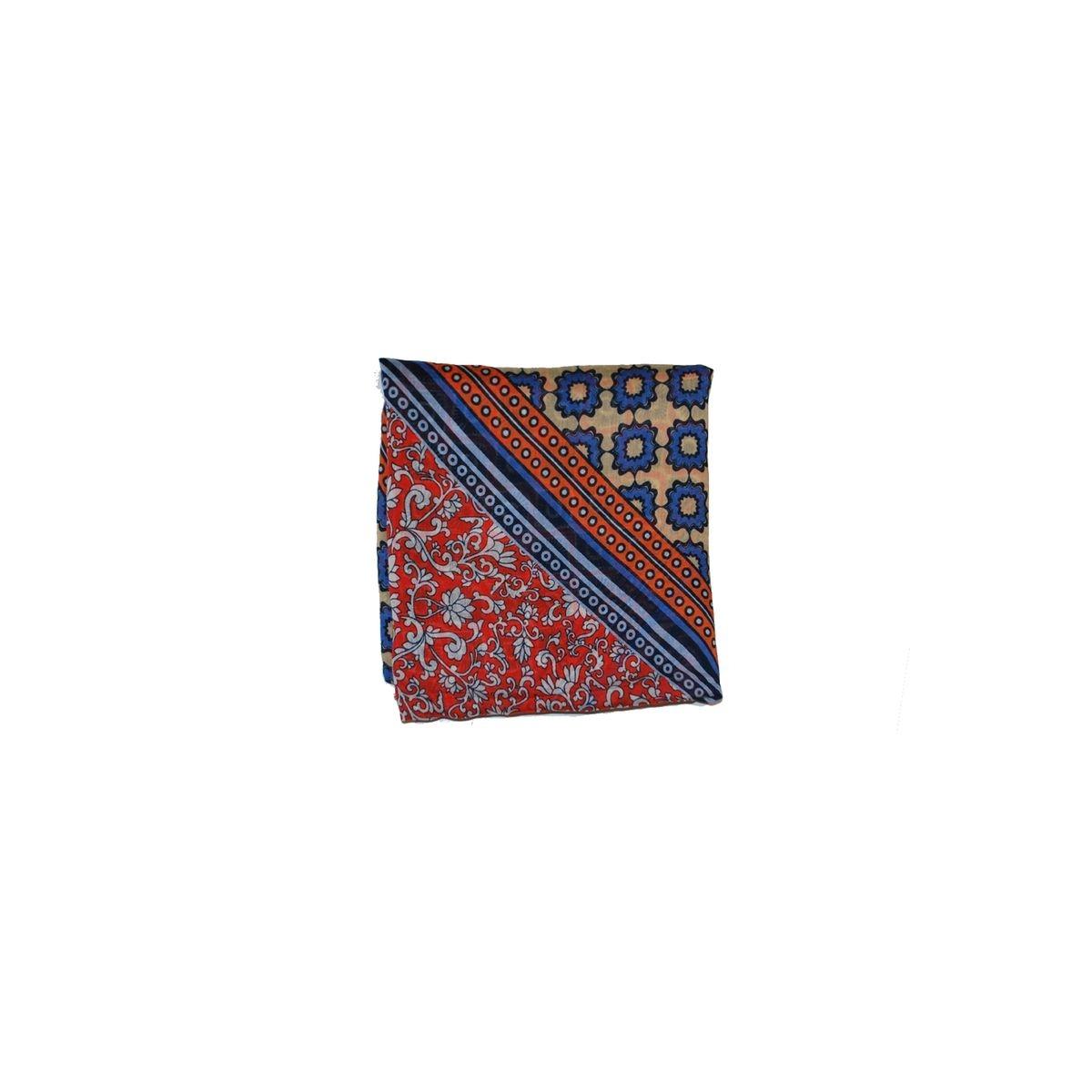 Echarpe patchwork avec pompons- Parage