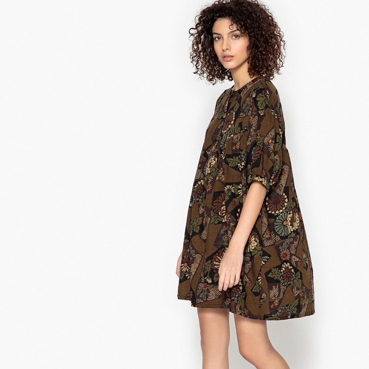 Платье короткое, расклешенное, с этническим рисунком
