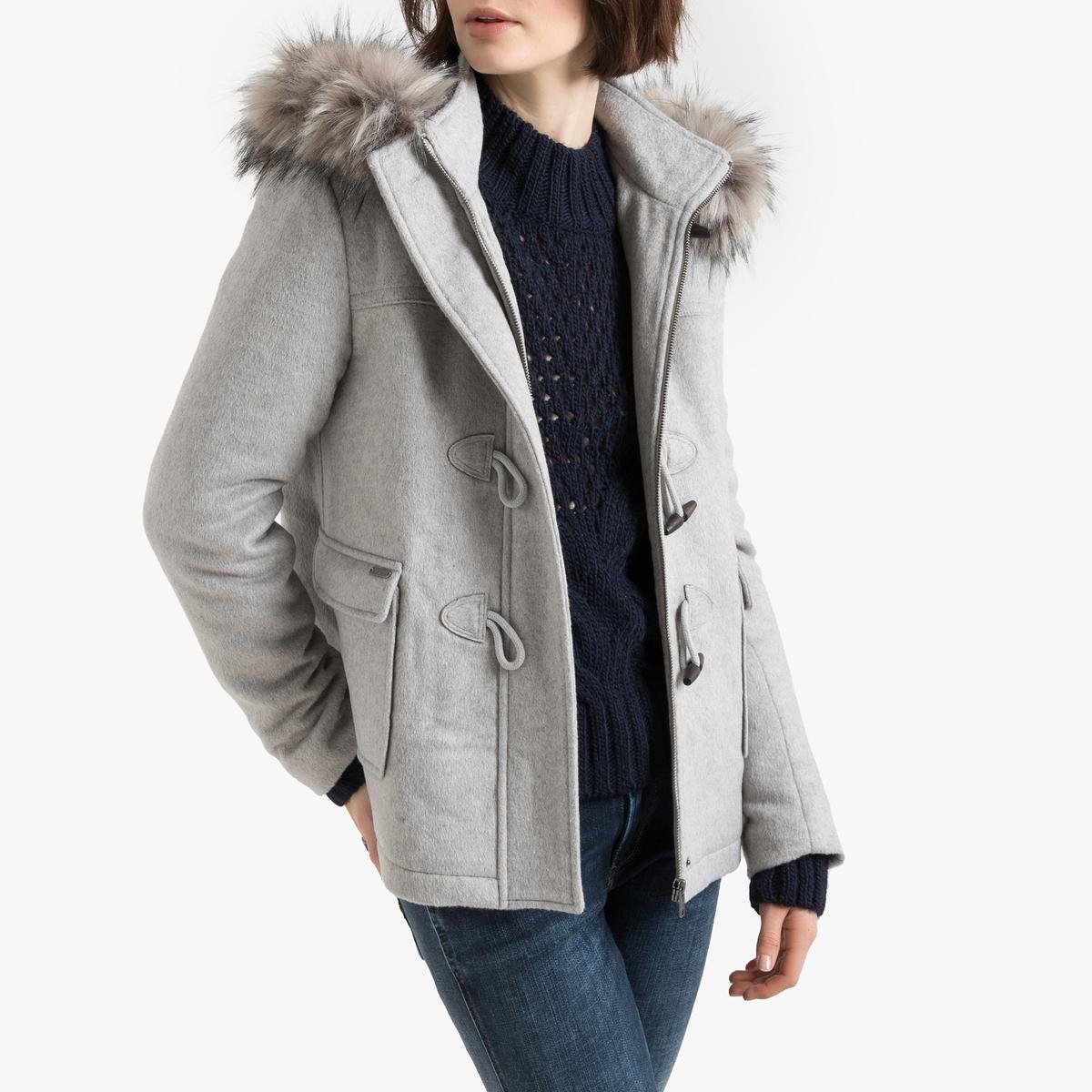 Abrigo trenca austríaca con capucha