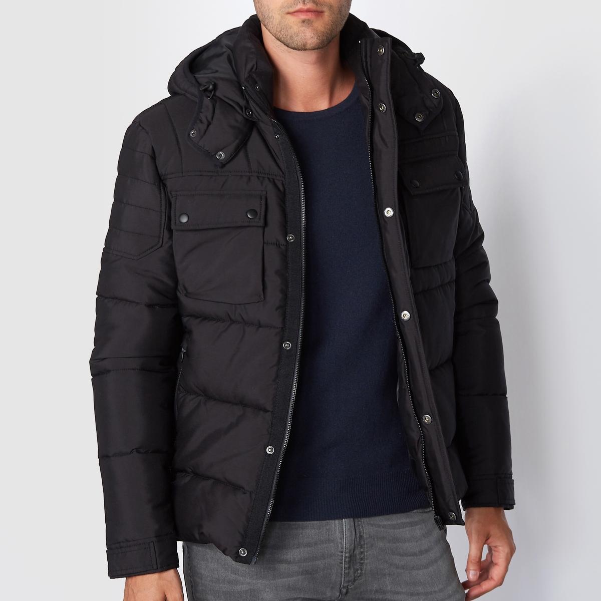 Куртка стеганая с капюшоном со стеганым эффектомВставка на плечах. Состав и описаниеМатериал : 100% полиэстерМарка : JACK &amp; JONES<br><br>Цвет: черный<br>Размер: L