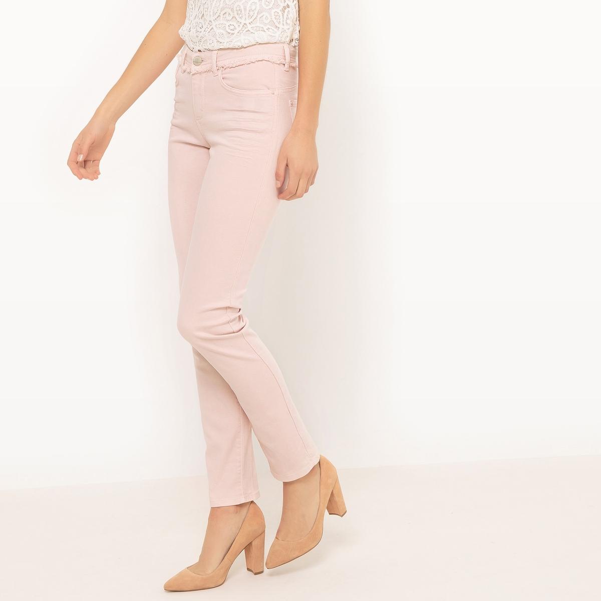 Брюки узкие с 5 карманамиМатериал : 98% хлопка, 2% эластана Рисунок : однотонная модель  Высота пояса : стандартная Покрой брюк : узкий, форма дудочки<br><br>Цвет: светло-розовый