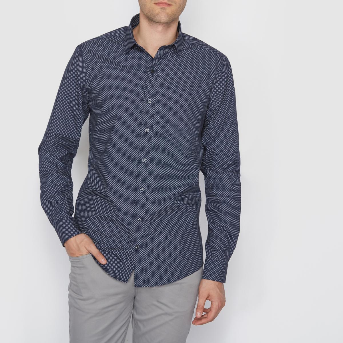Рубашка узкого покроя с рисунком с длинными рукавамиРубашка с рисунком с длинными рукавами. Узкий покрой, классический воротник со свободными уголками. Застежка и манжеты на пуговицах. Закругленный низ.  Состав и описаниеМатериал : 55% хлопка, 45% полиэстераМарка : R editionУходМашинная стирка при 30 °ССтирать с вещами схожих цветовГладить с изнаночной стороны<br><br>Цвет: рисунок/фон темно-синий